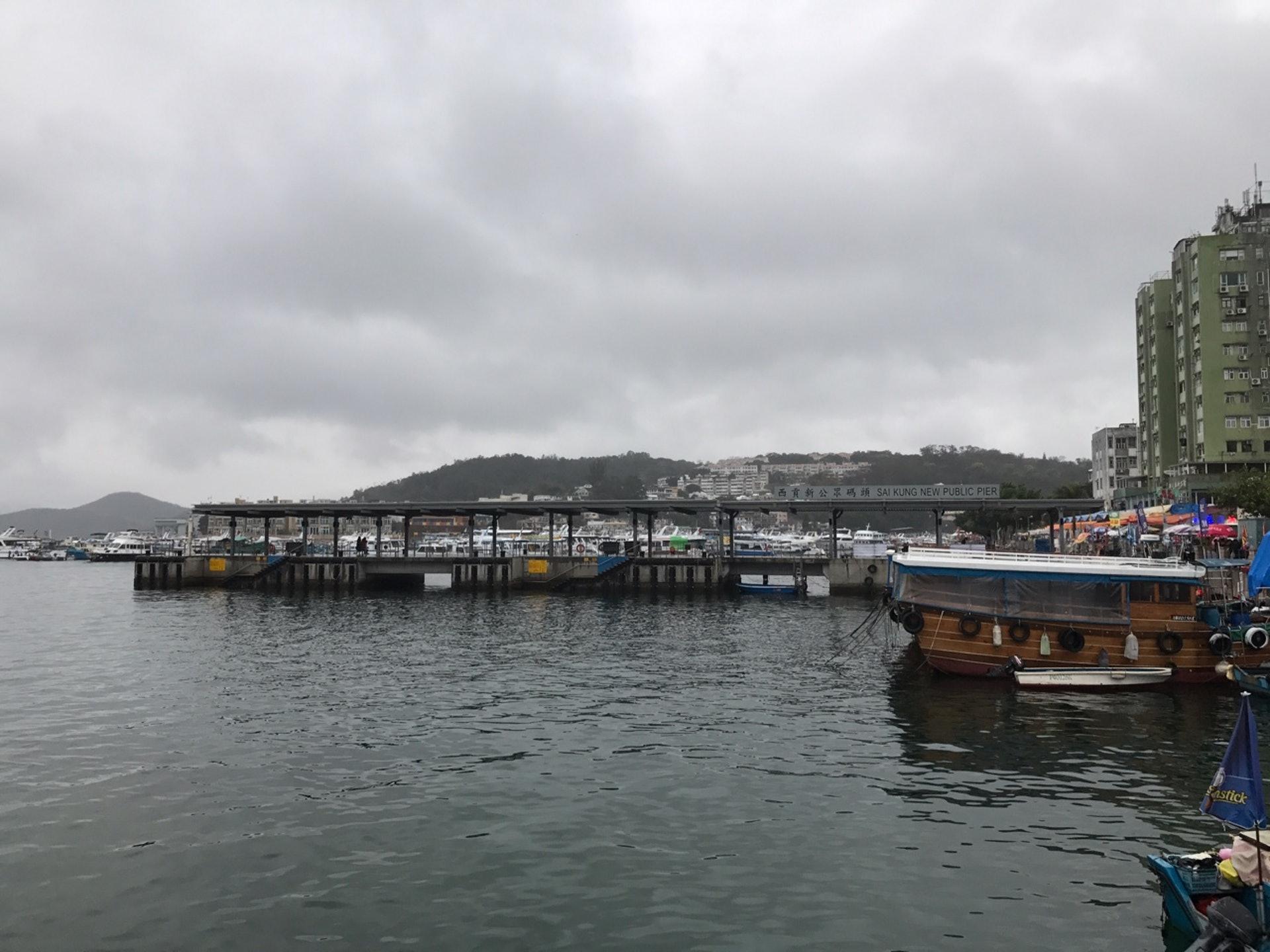 西貢碼頭以往為善信上船前往「放生」的熱點之一。(香港01記者攝)