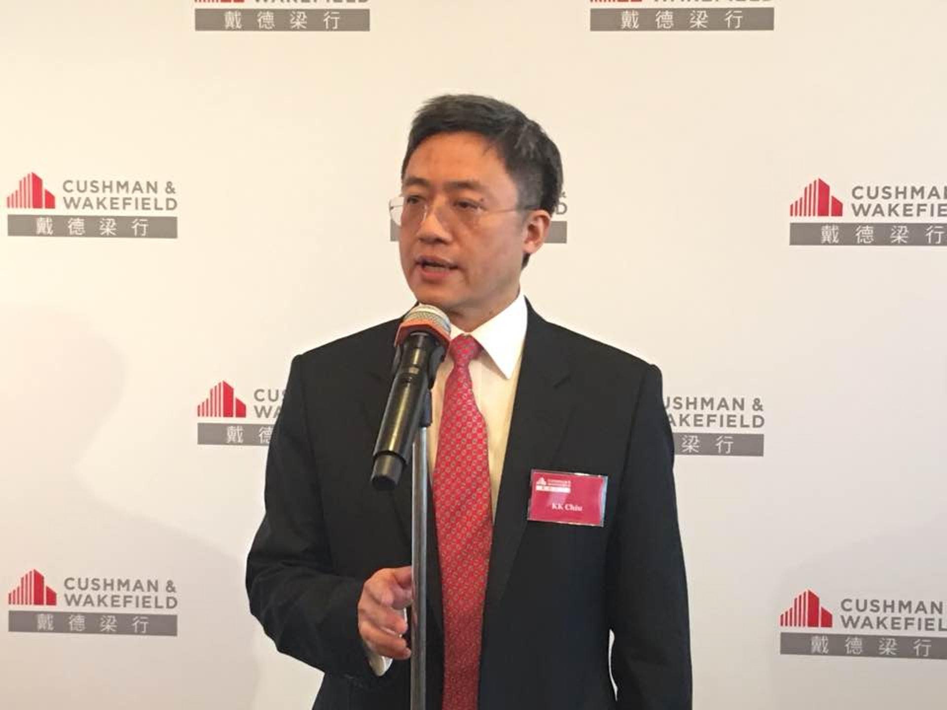 趙錦權強調,政府應該加快改變農地的土地用途,增建更多公營房屋才是上策。﹙陳嘉碧攝﹚