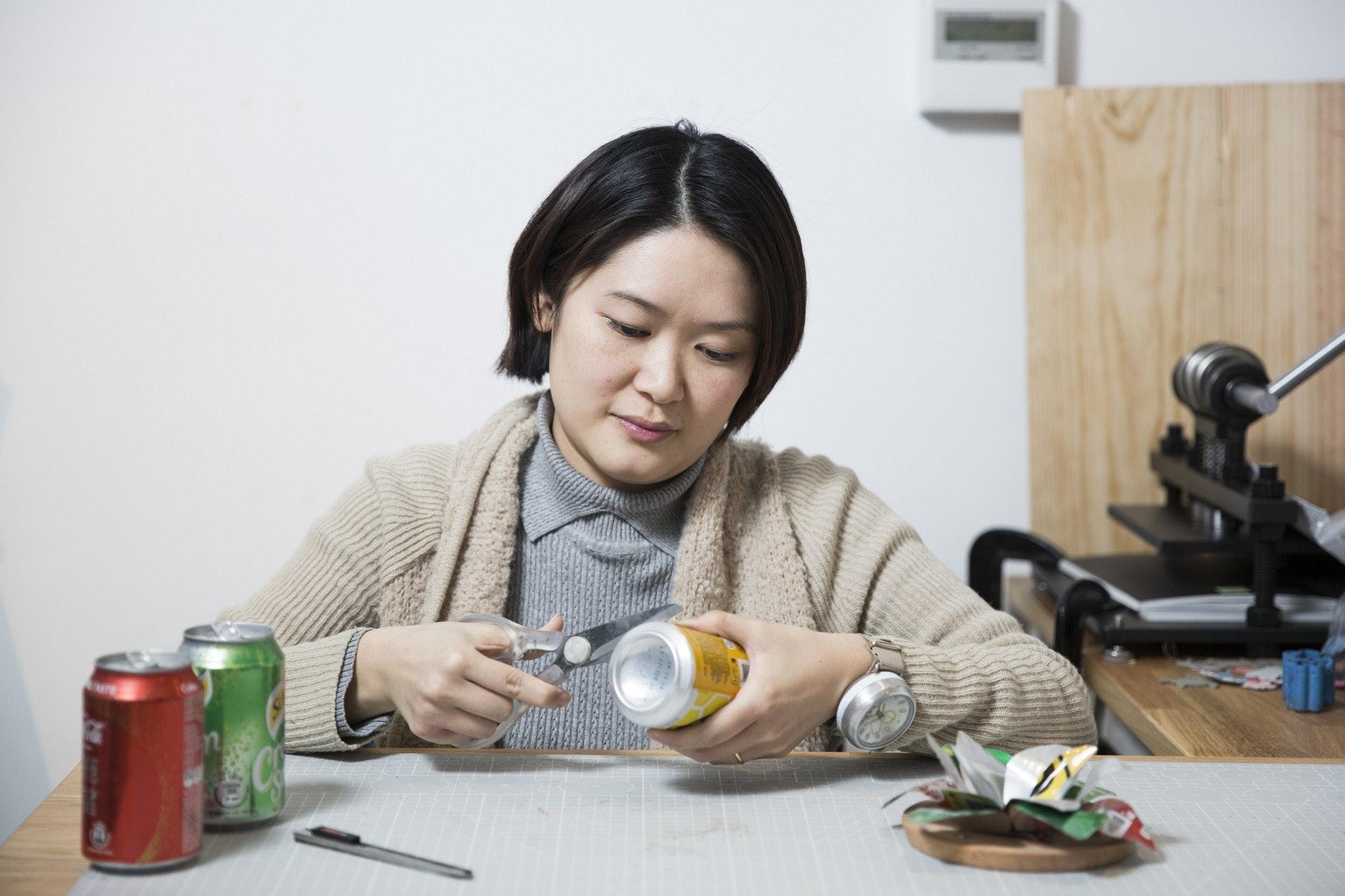 Alchemist Creations創辦人及創意總監Kat Ling認為,世上並沒100%環保的東西,只能從設計上盡量將壞影響減到最低。(黃寶瑩攝)
