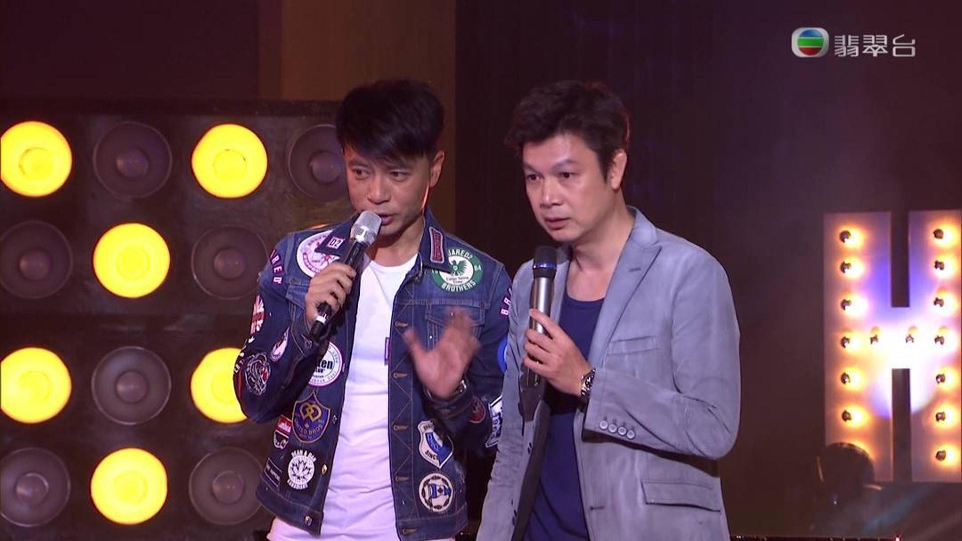 梁榮忠和李克勤是最佳拍檔,曾一起主持《叻人新世紀》及《殘酷一叮》。(網上圖片)