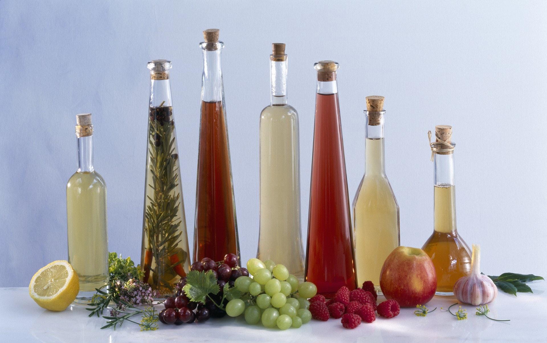 市面上愈來愈多果醋產品,大部分都有健康功效,但飲用時都有要注意的地方。(視覺中國)