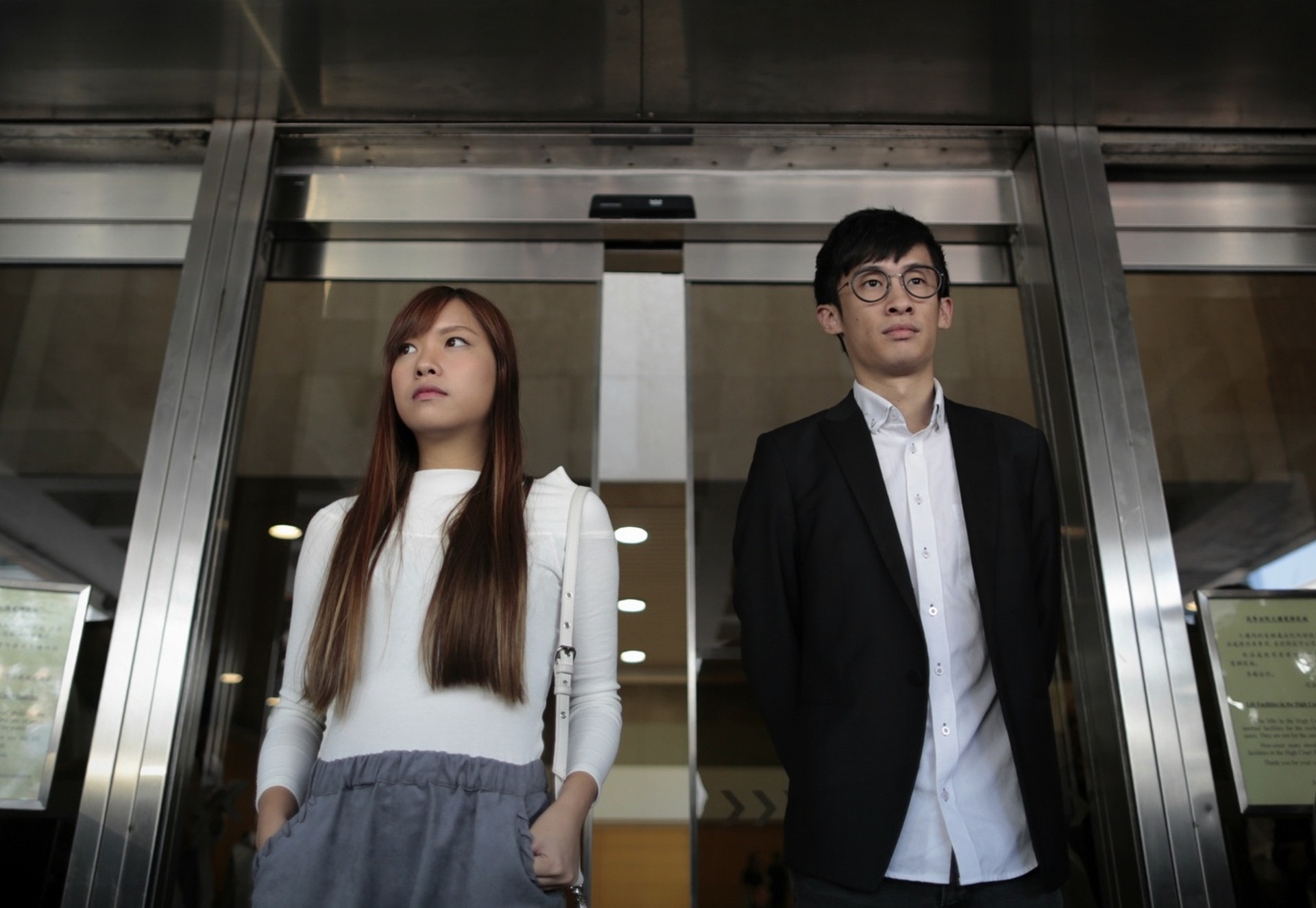 游蕙�(左)及梁��a被取消��立法���h�T�Y格後,又要面��可能牢�z之�摹#ㄙY料�D片)