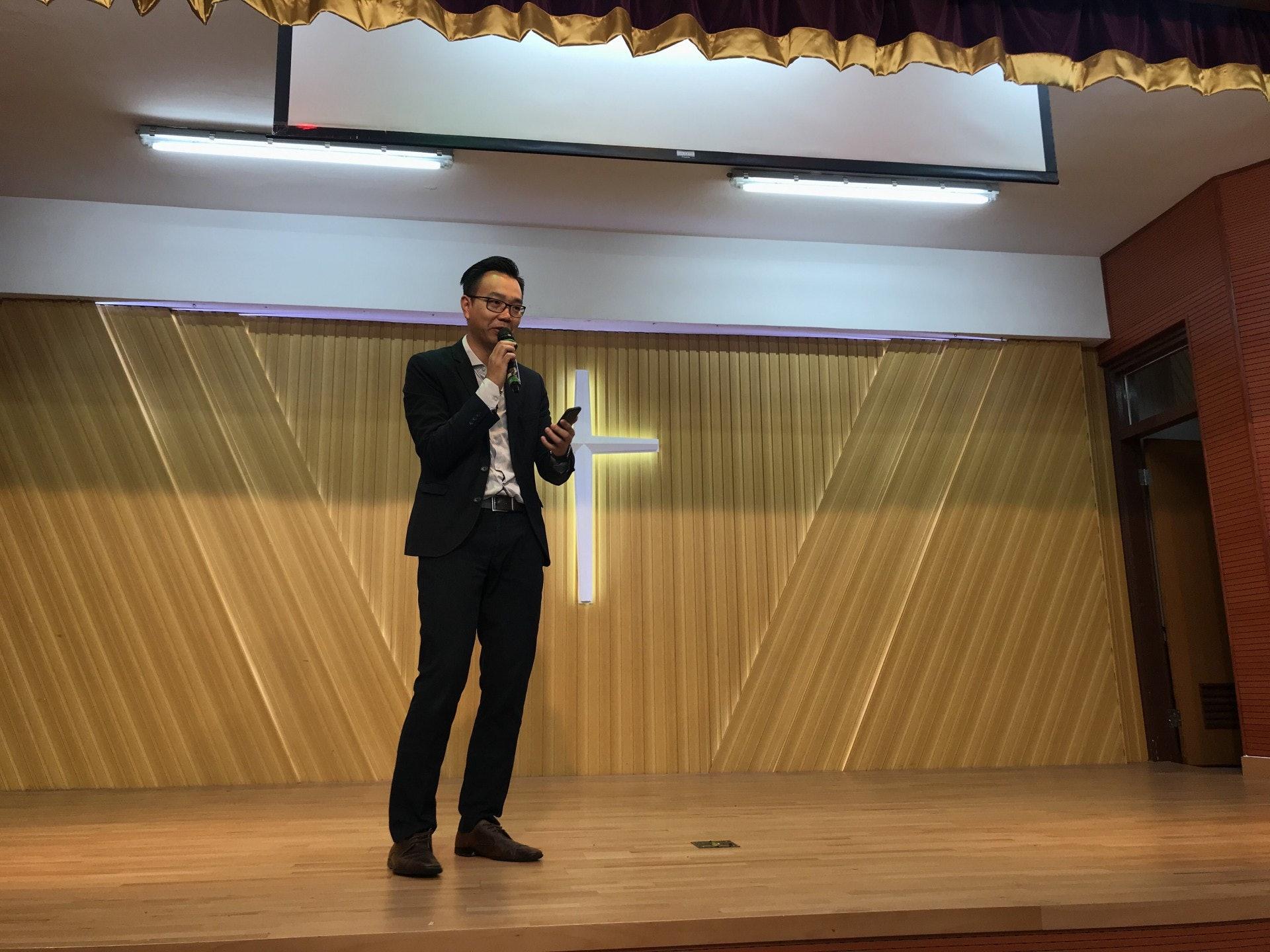 天虹小學校長朱子穎將轉到私校任教。(鄧穎琳攝)