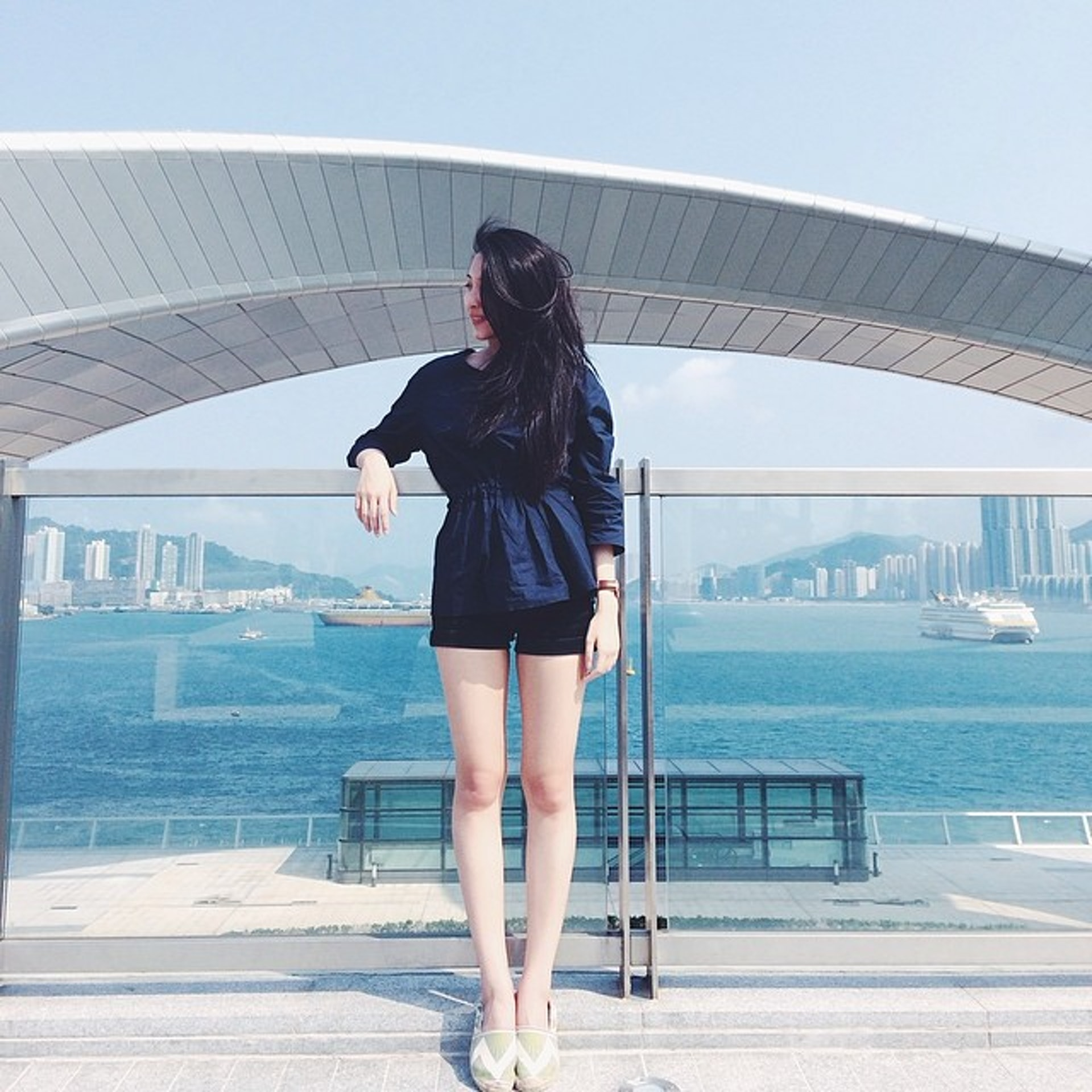 除了文青,賴凱靖亦是一名長腿女神!(Instagram)