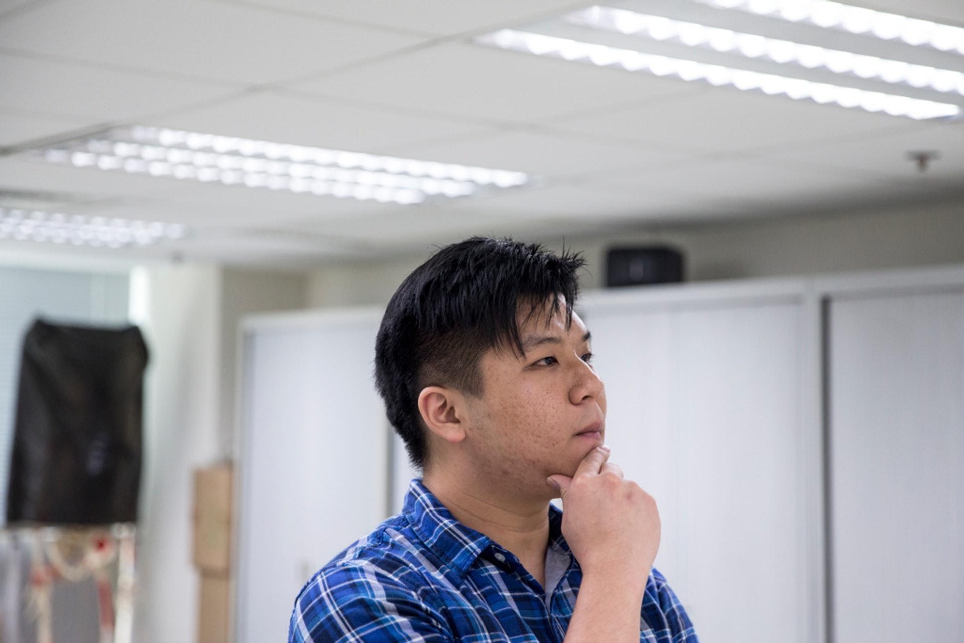 盧藝賢表示願意承擔梁耀忠facebook小編的責任,但到底由誰來做下一個梁耀忠,就令他頭痛。(羅君豪攝)