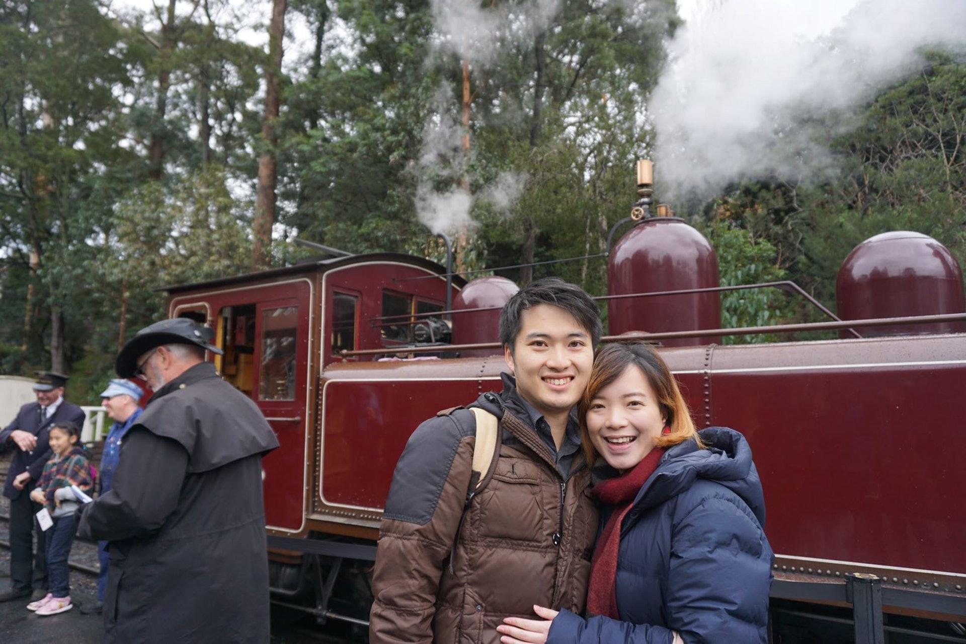 Annabelle(右)表示,墨爾本的交通方便,市區更有免費的電車區域。(受訪者提供)