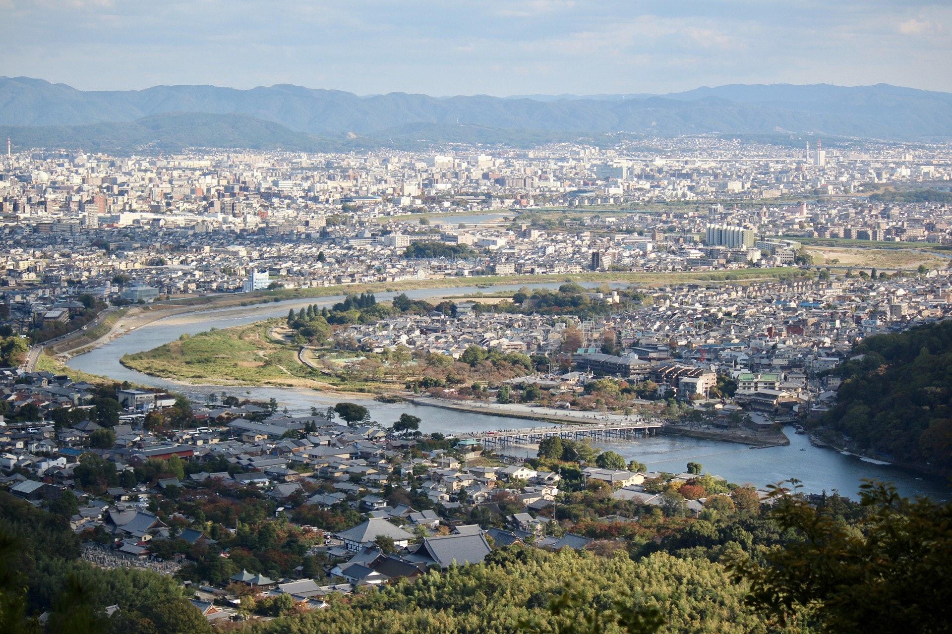 嵐山沿線景色(VCG)