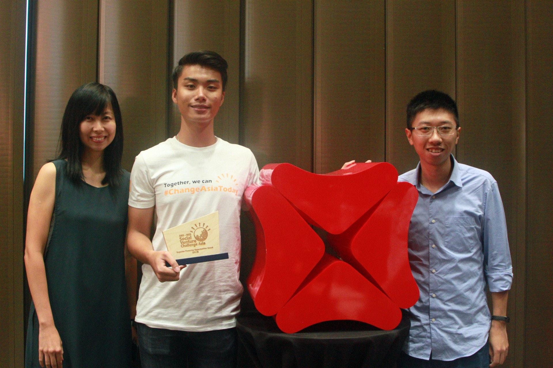 本地線上學習平台afterschool,於星展與新加坡國立大學合辦的「亞洲社企挑戰賽2018」中獲獎,將能得到1.5萬新加坡元(約8.5萬港元)的獎金及一系列商業指導。(文顥宗攝)