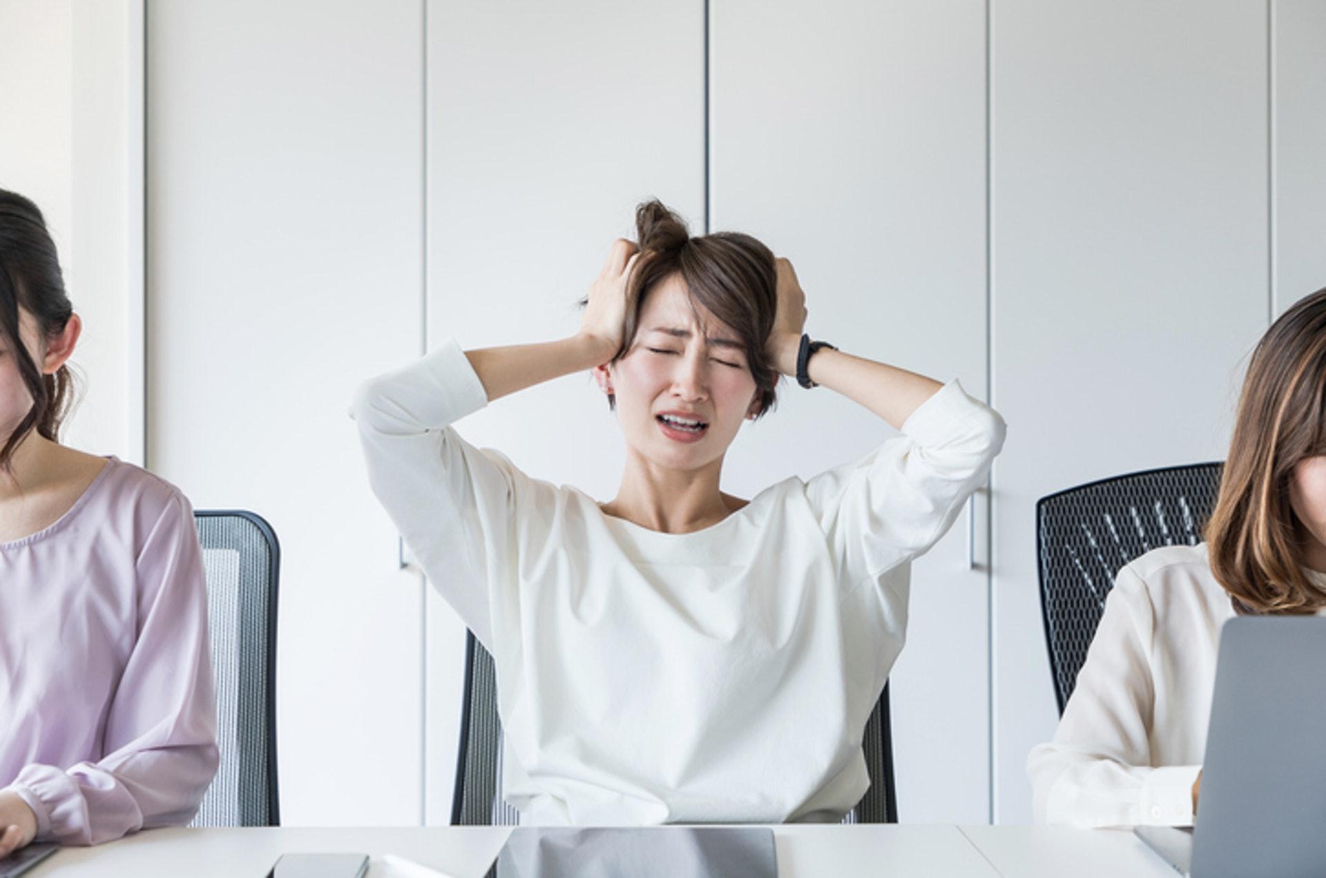 一般頭痛、胃痛、經痛、腰背痛、關節痛、牙痛都屬感覺接受性疼痛。(GettyImages)
