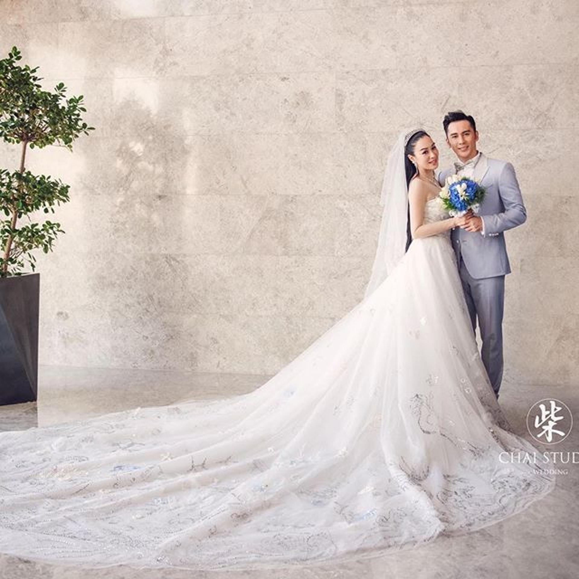 鍾麗緹和張倫碩結婚兩年,女方年近半百,近日為少夫積極備孕,成為一時熱話。(IG圖片 )
