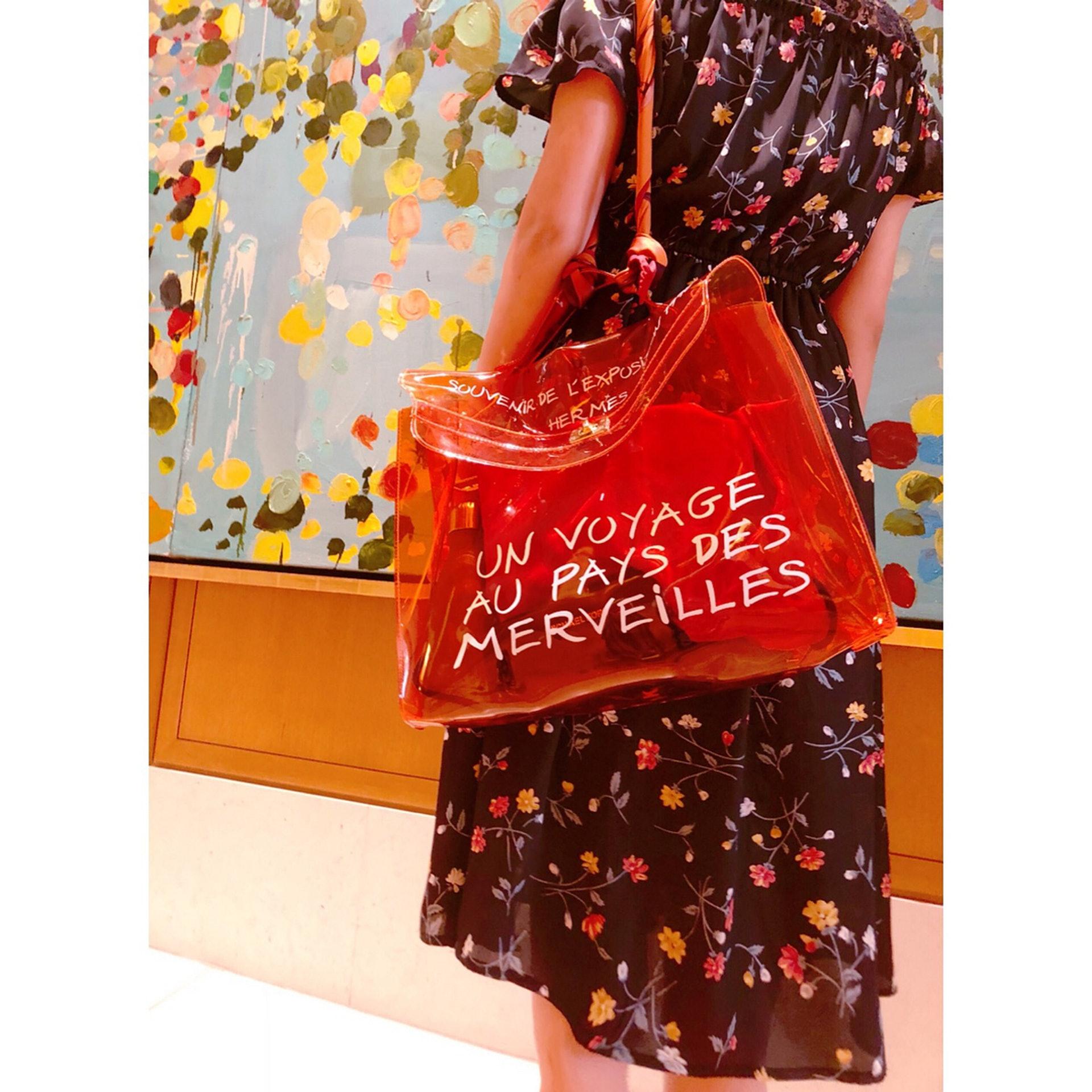 b73a4a5e7fc4 Hermès 透明袋Vinyl Kelly Bag,IG熱捧網紅袋平民負擔得起?|香港01 ...