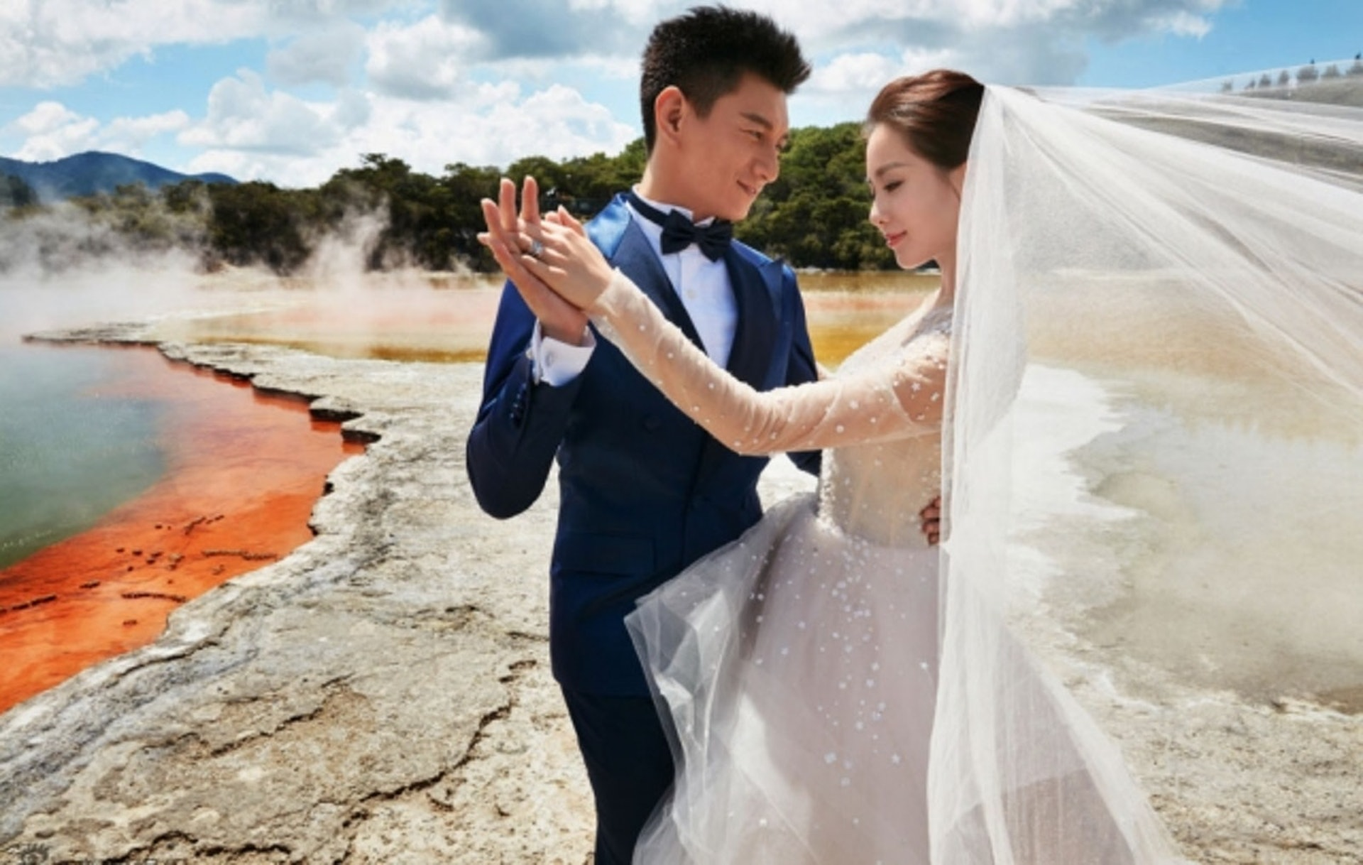吳奇隆與劉詩詩結婚三年終於造人成功!(網上圖片)