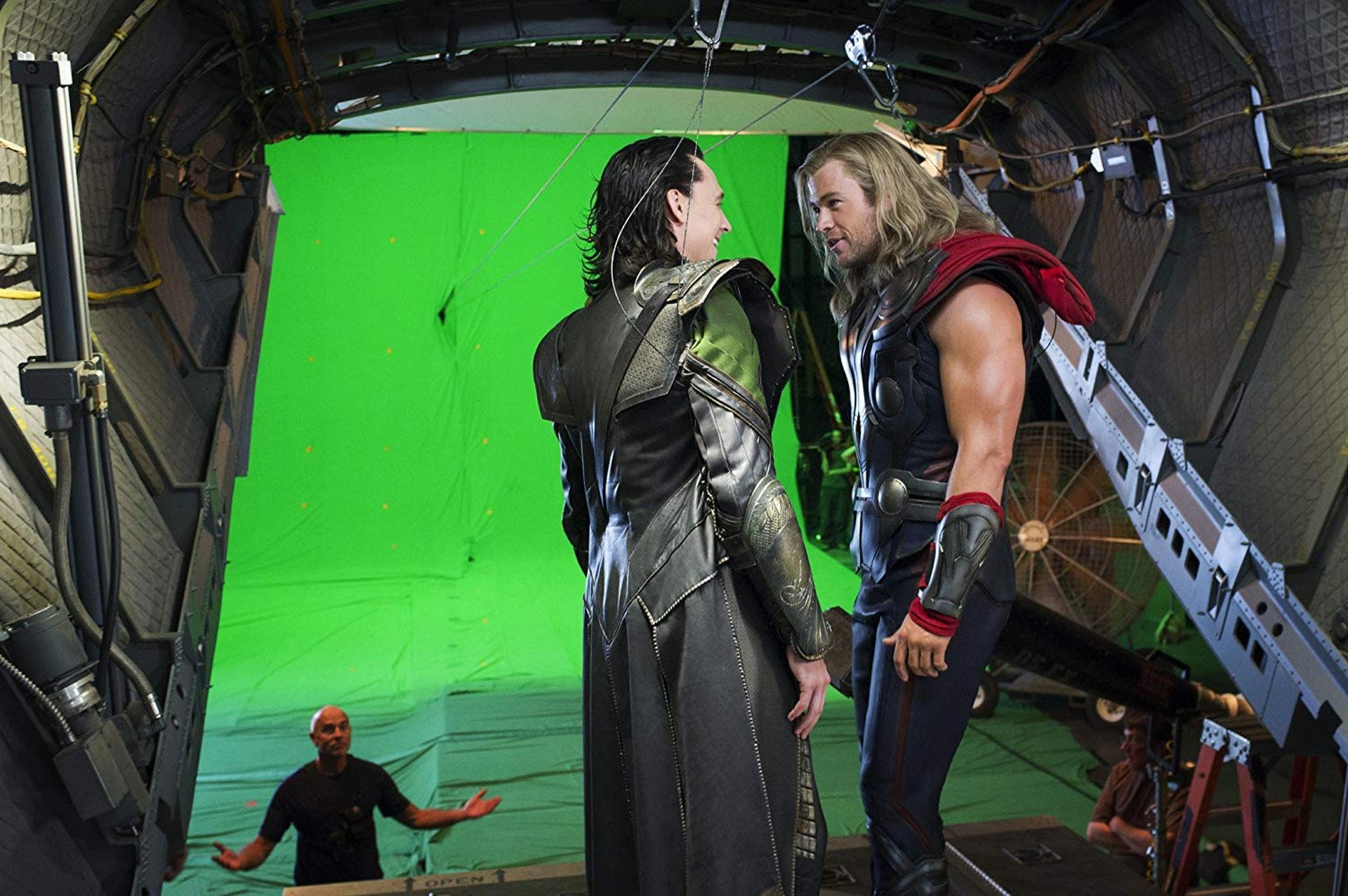 湯姆希德斯頓(Tom Hiddleston)-洛基與克里斯漢斯沃 (Chris Hemsworth)-雷神索爾