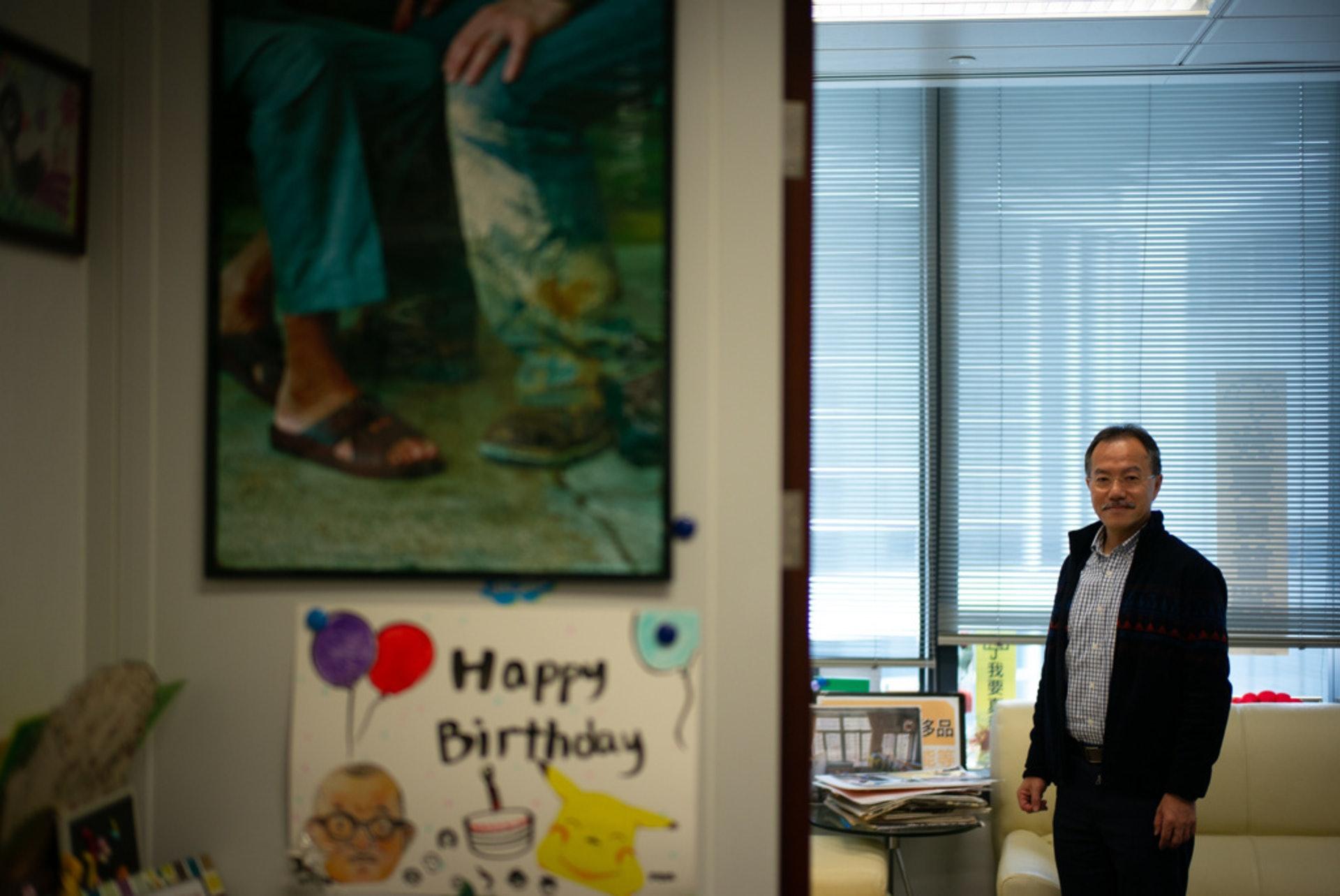 他認為,香港人或有一天會成為難民,「有朝一日我哋或者我哋屋企人會去第二個地方居住,你都想個個地方善待你。」