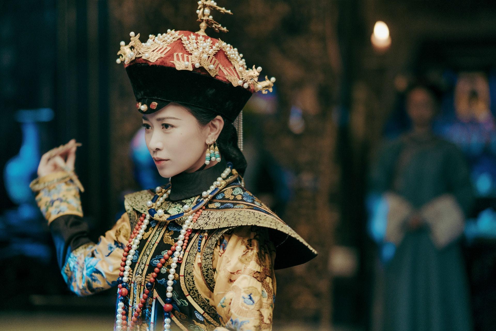熱巴表示最想演出惡毒皇后,亦即是佘詩曼《延禧》的嫻妃角色。(劇照)