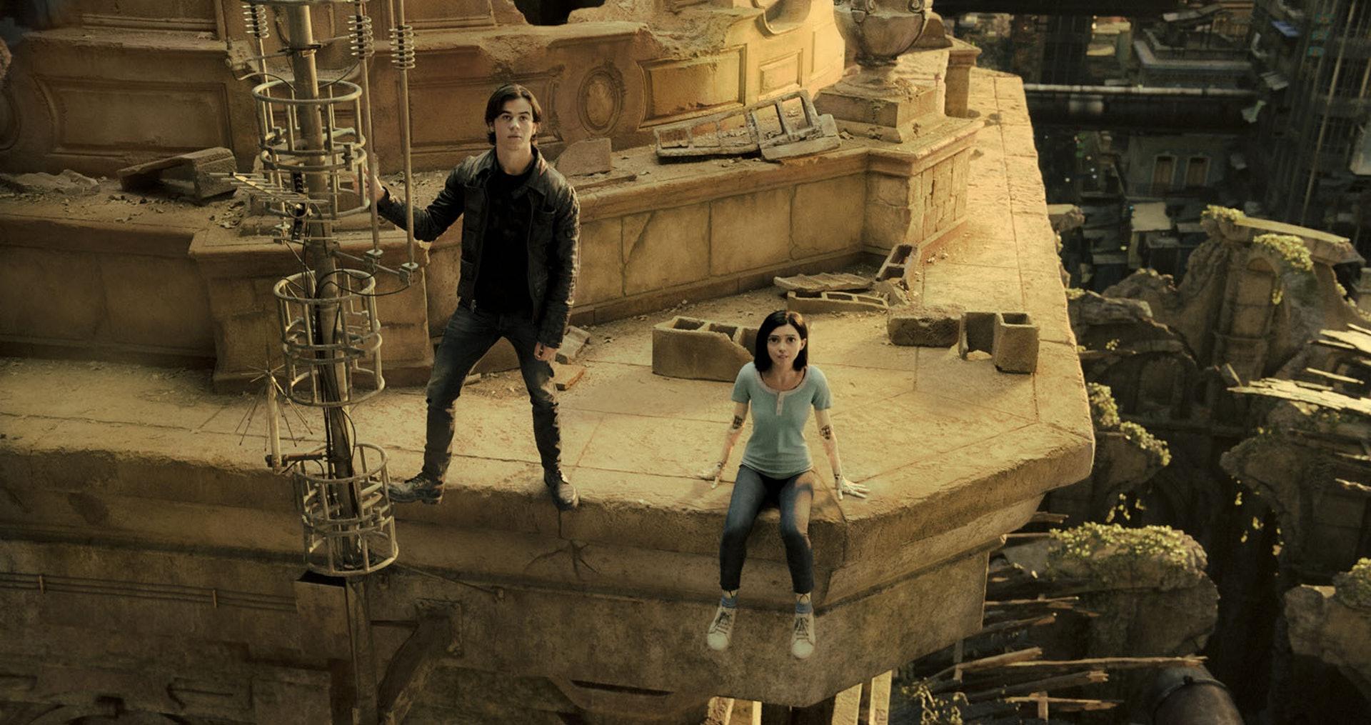 據電影美術指導Caylah Eddleblute指出,鐵城的設計概念源自墨西哥及巴拿馬。(劇照)