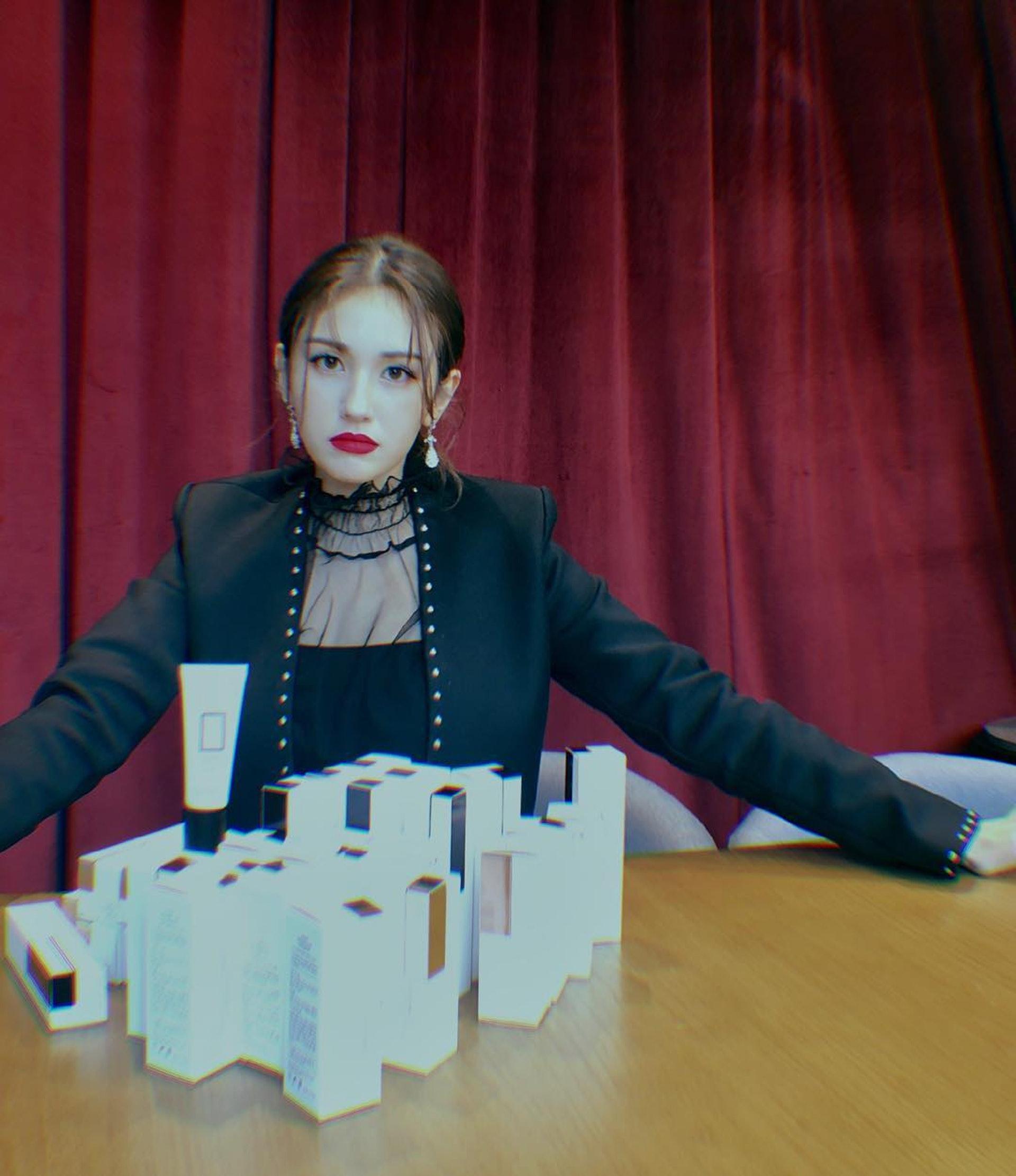 今年只有18歲的Somi,相信前途無可限量。(網上圖片)
