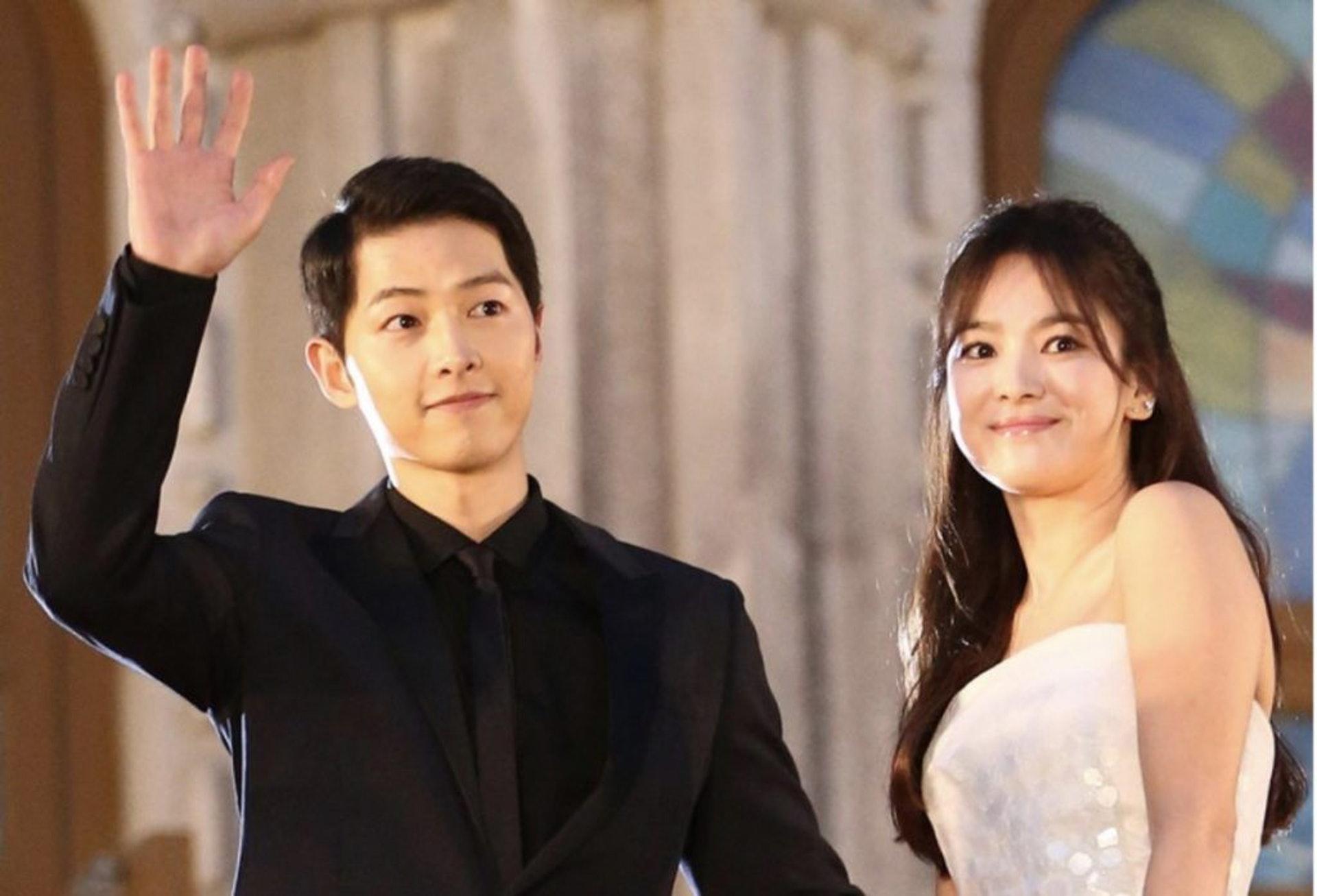 「宋宋夫婦」雖然已否認離婚一事,但依然被傳媒一直追撃。(網上圖片)