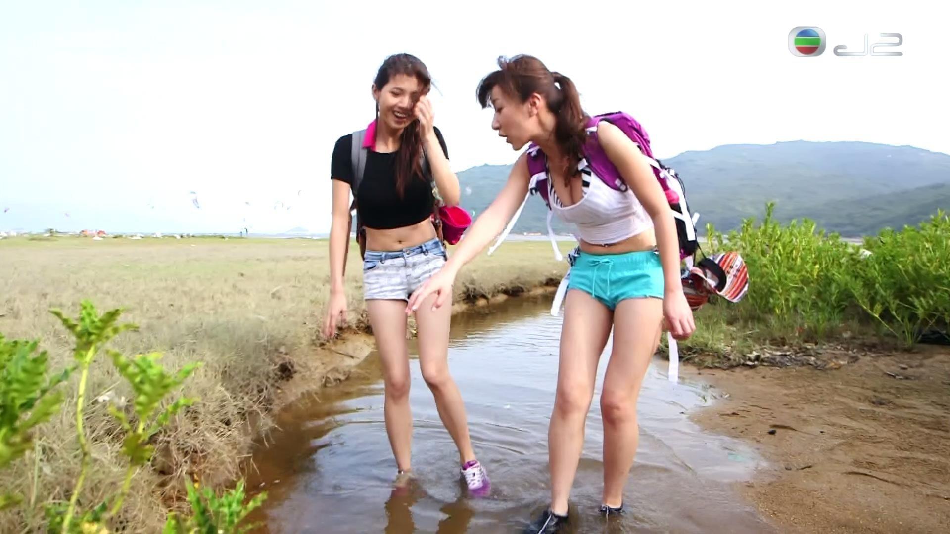 《山系女行》第2季一班小花以健康性感登場。(網上圖片)