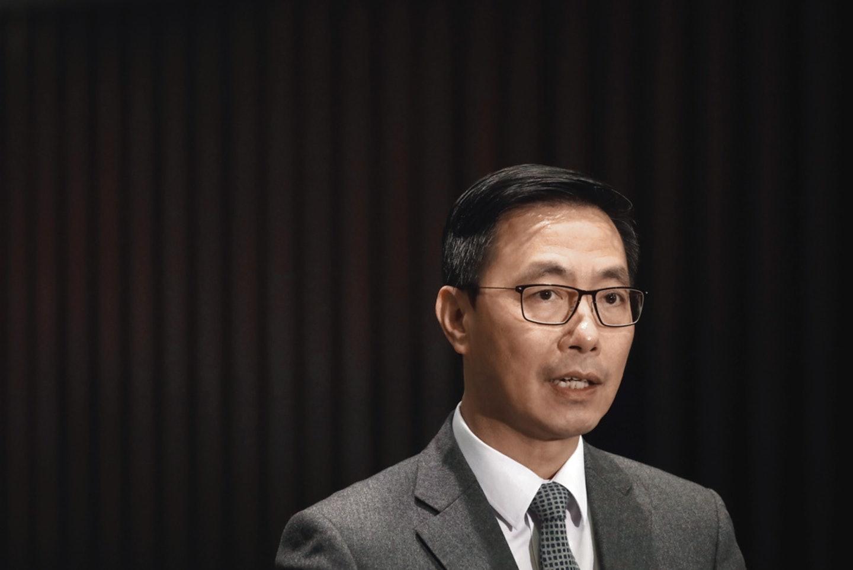 教育局局長楊潤雄今日(12日)出席財務委員會特別會議時表示,教育局對學校的監管工作一直無減輕。(資料圖片)