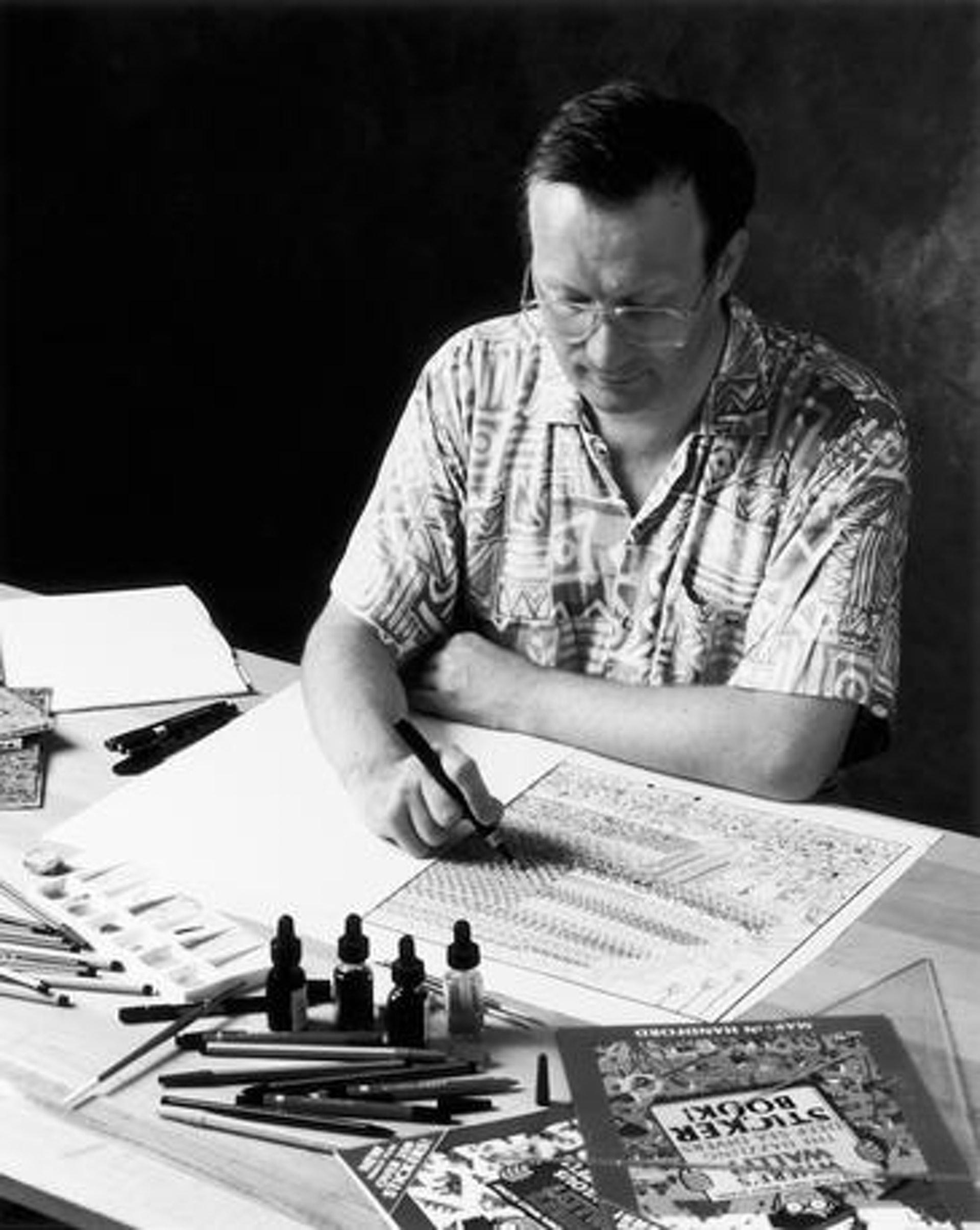 英国插画家Martin Handford,创作出绘本《Where's Wally? 》。 (网上图片)