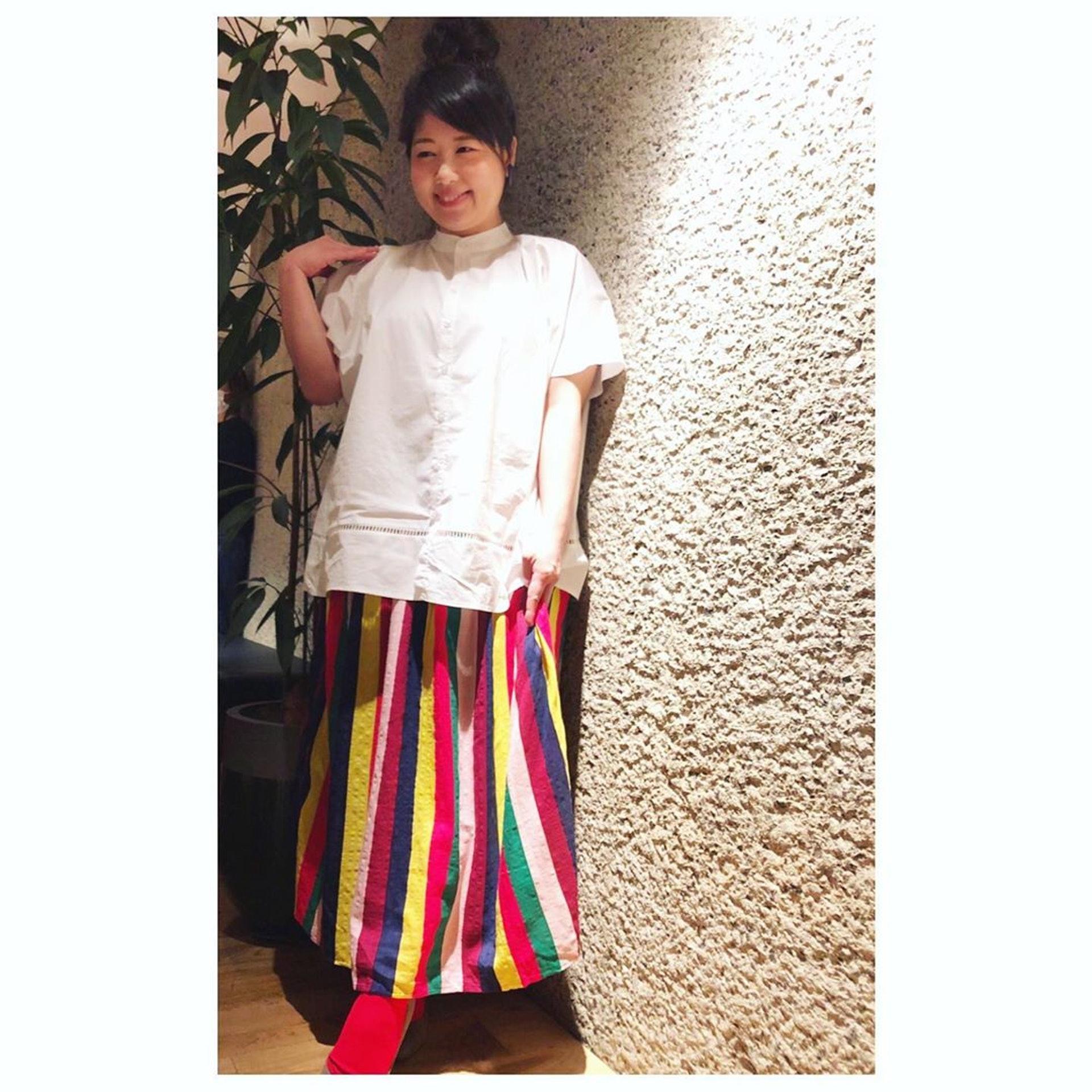 馬場園梓近日上載的近照,即使她身穿顯肥的白色衫,都覺得比之前瘦。(Instagram:babazonoazusa)