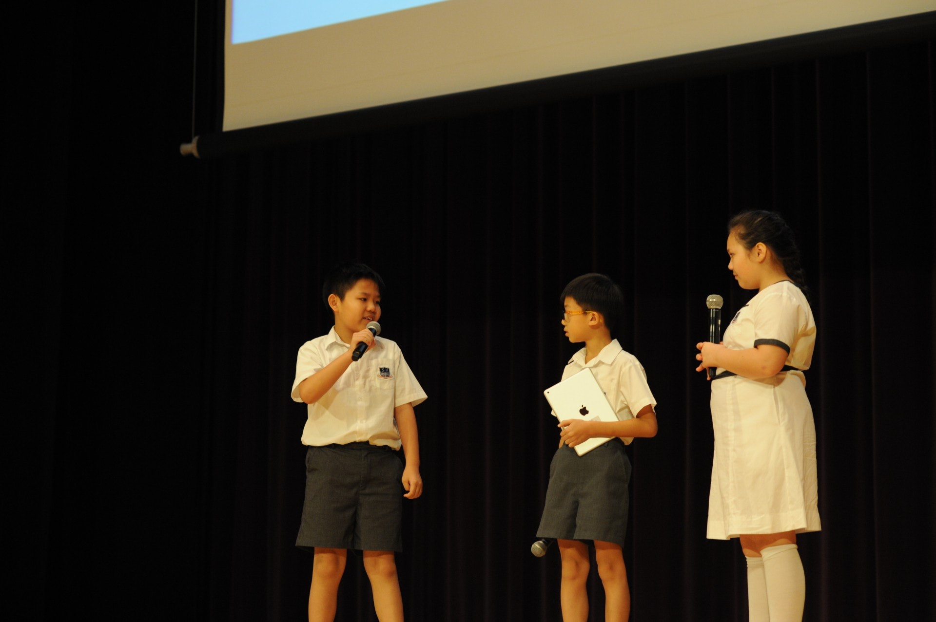 學生溝通表達能力很重要。