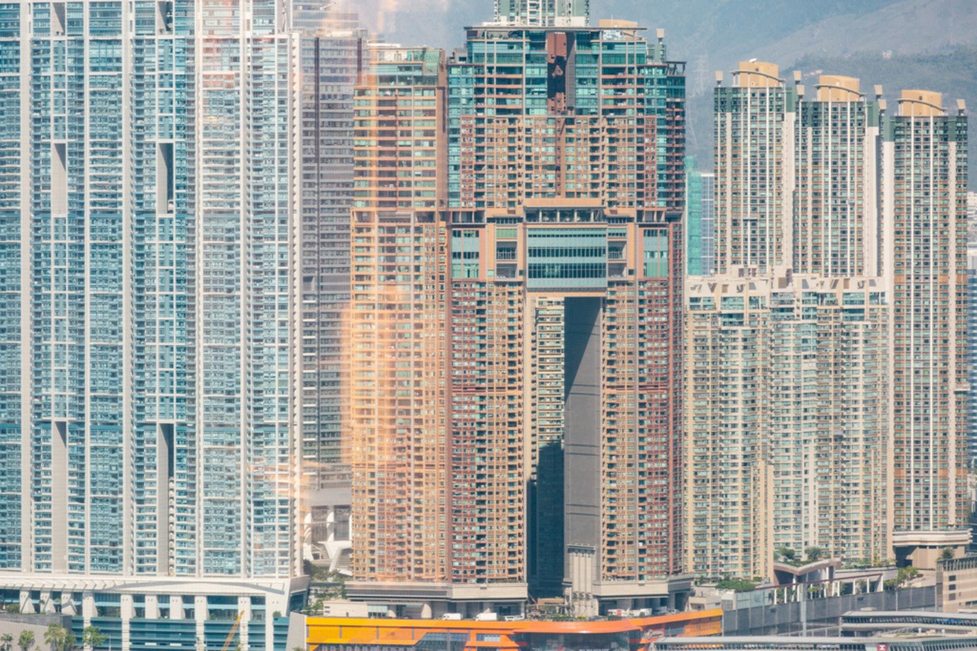 本港樓價貴,未必個個有能力負擔。(資料圖片)