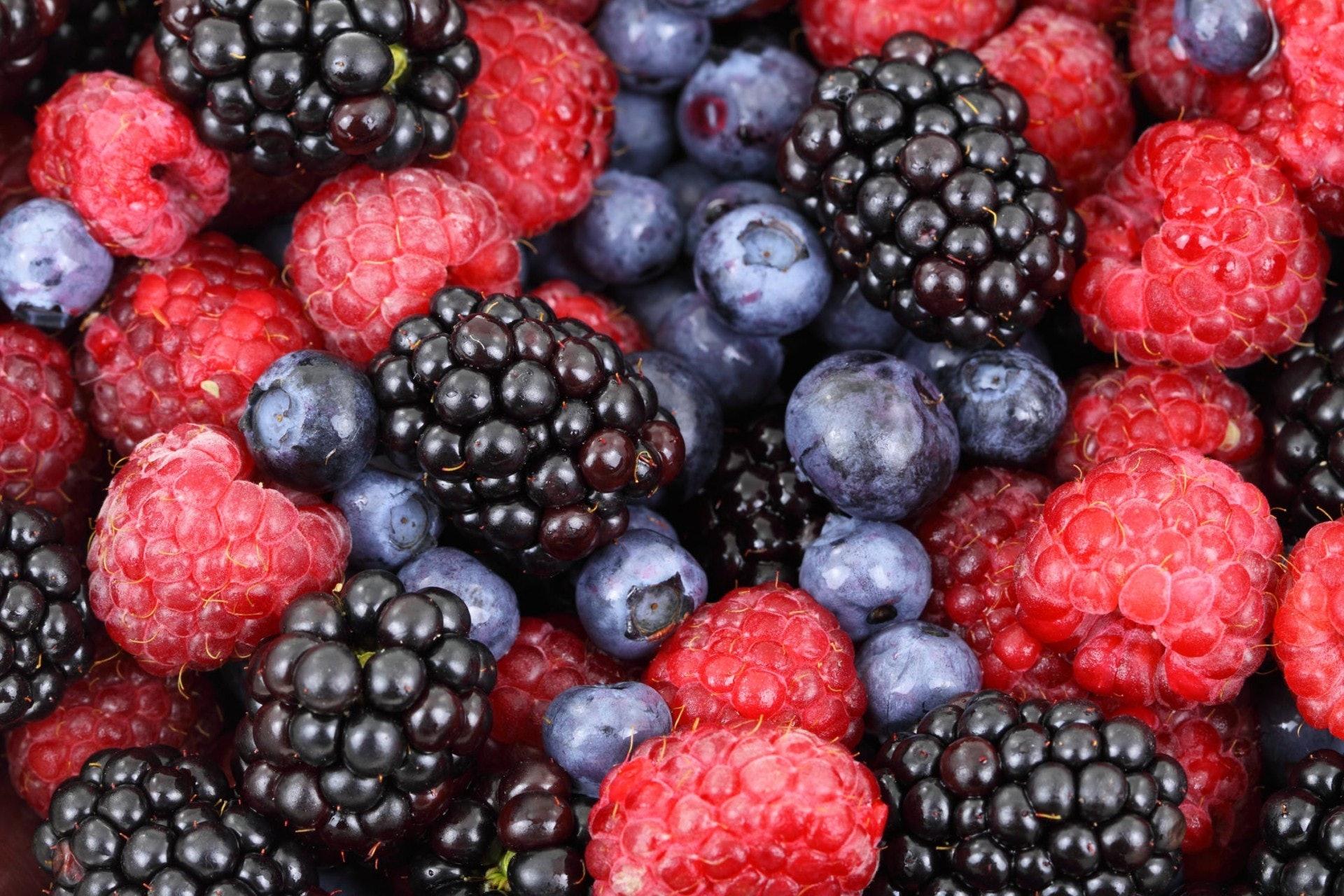 儘管資深腎臟營養專家Joan Brookhyser Hogan大讚覆盆子的功效,不過Kritney認為沒必要吃定一種莓類,建議在日常飲食中多進食不同類型的莓果,均勻地攝取不同的營養素。(Pexels)