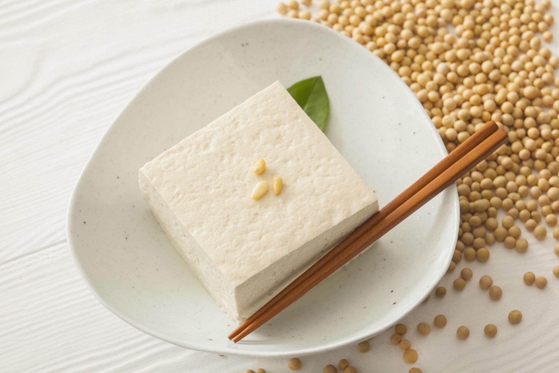 豆腐一向出名高嘌呤,別以為痛風病人才要少吃,原來腎功能不好的人士都要減少食豆腐。(VCG)