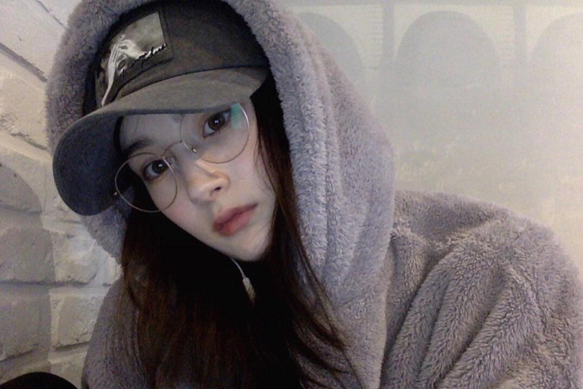 眼鏡Look。(Instagram/@23.11_)