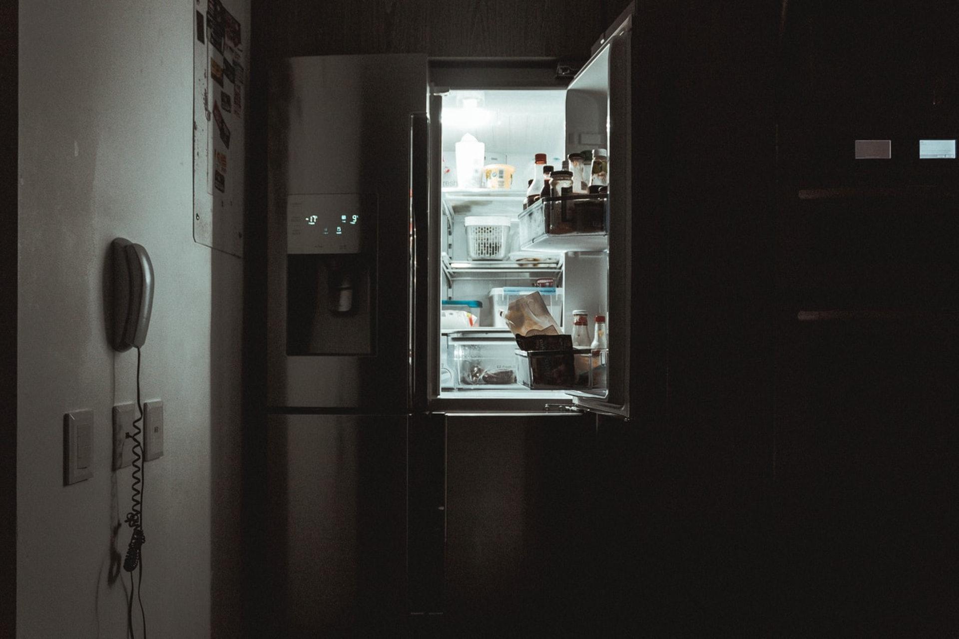 在購買食物前應先弄清楚保存方式。(nrd/unsplash)