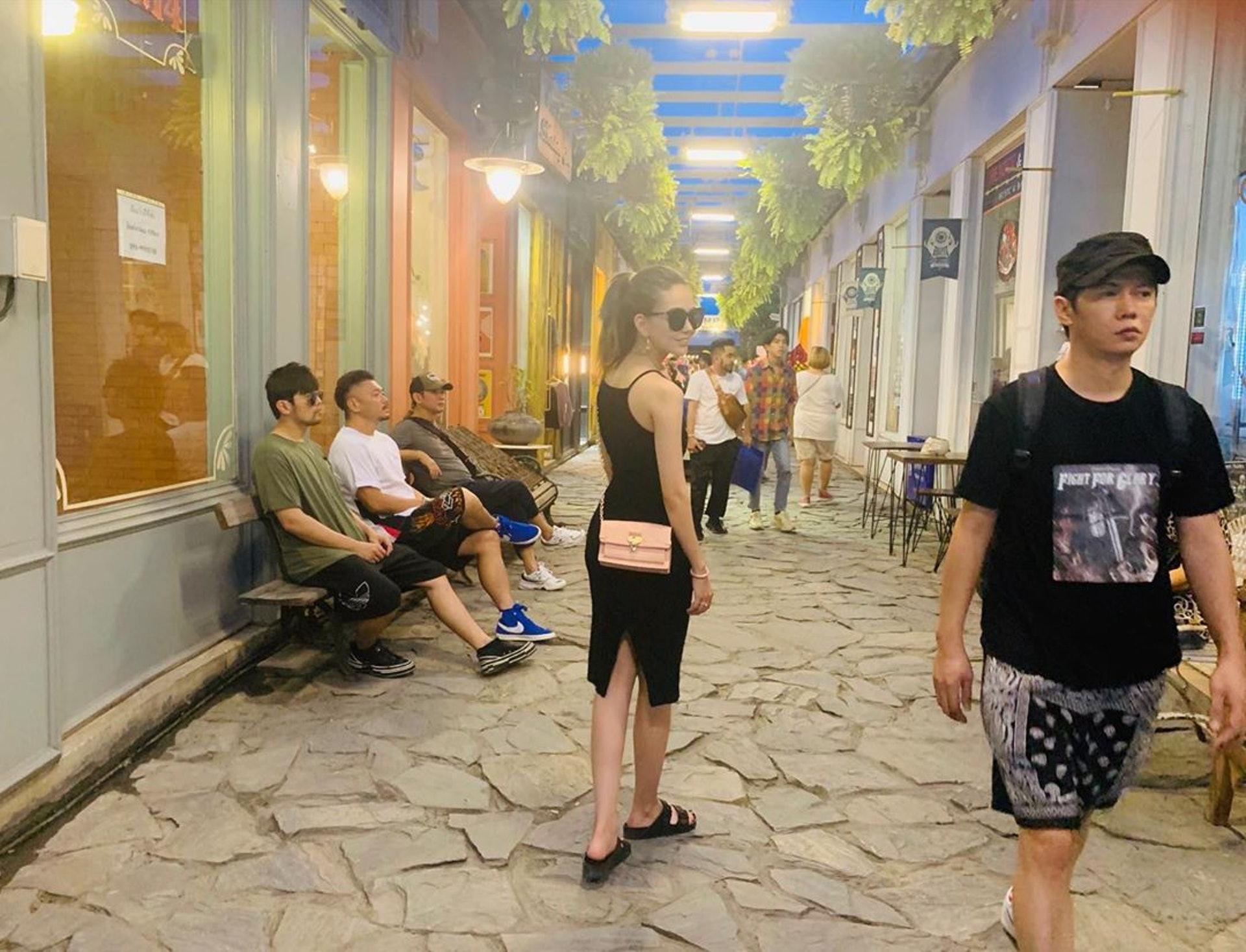 昆凌同周董最近去了泰國度假。(IG@hannah_quinlivan)