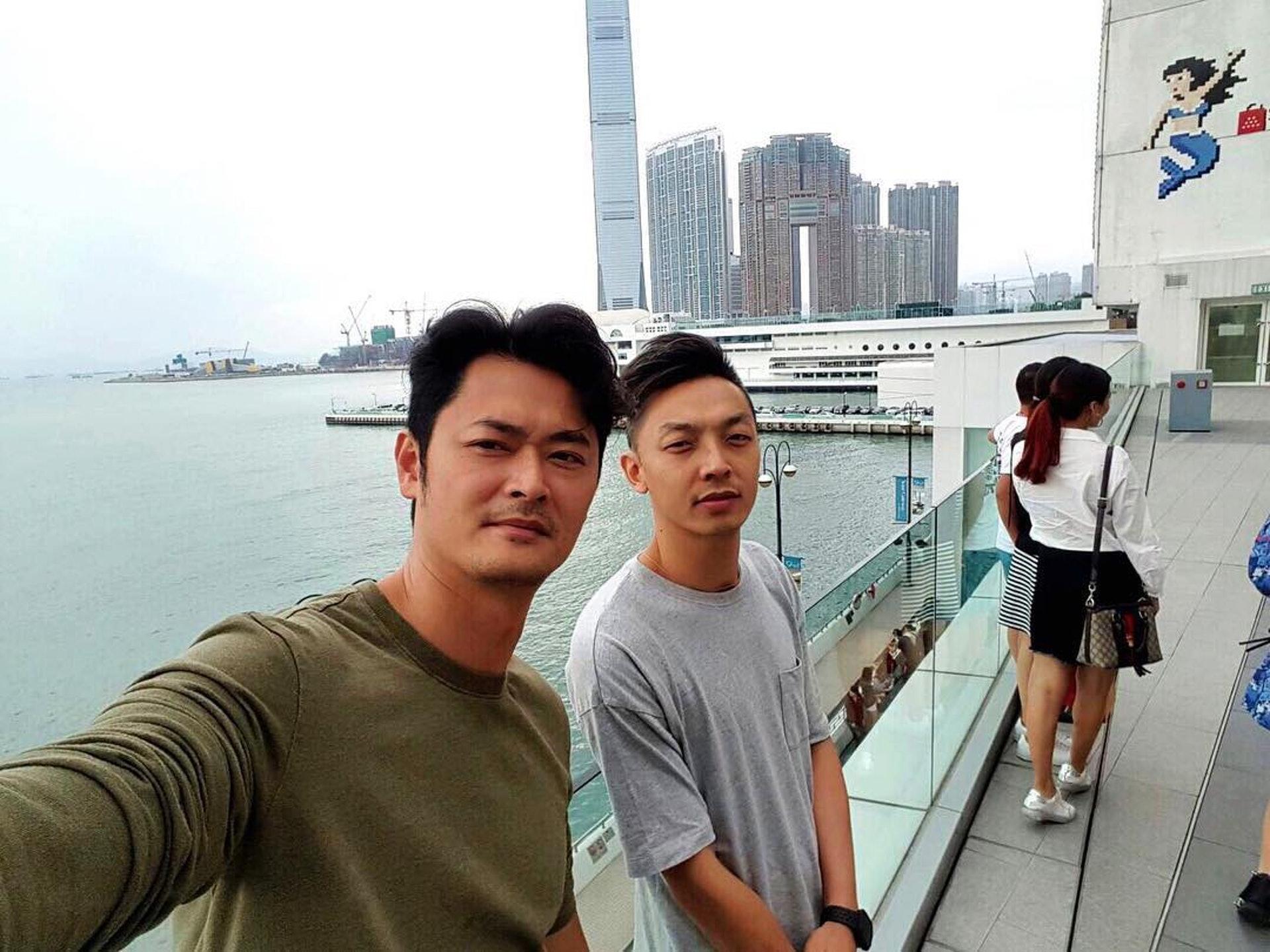 Gavin與「生煎包王子」蕭潤邦勁老友。(Instagram:@gso)