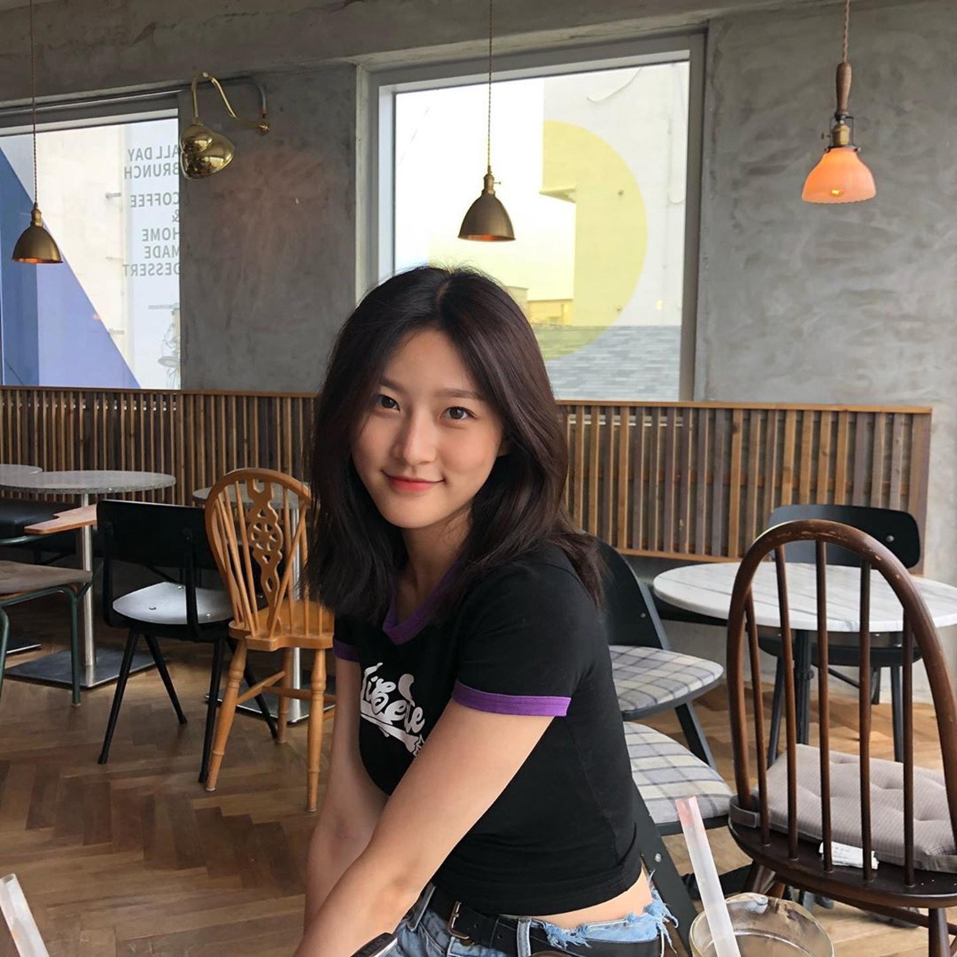 金賽綸演戲經驗豐富,不少觀眾看着她長大。(IG/@ron_sae)