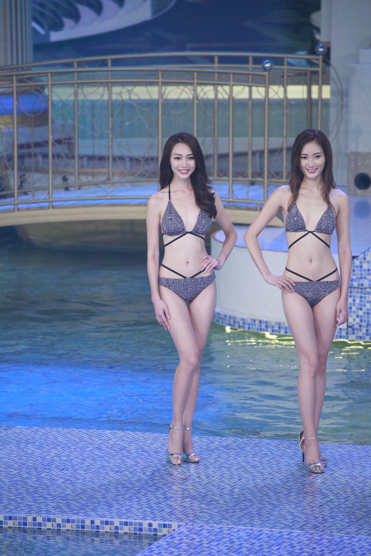 黃嘉雯在決賽當晚表現淡定,泳裝環節亦為她得了不少分數。(無綫截圖)