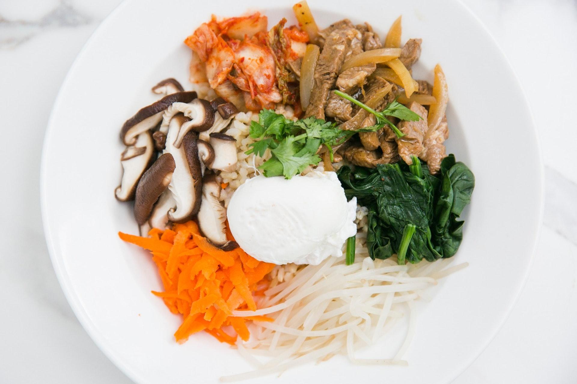 生酮飲食法每天熱量來源應有75-80%來自脂肪,15-20%來自蛋白質,不多於5%來自碳水化合物。﹙黃寶瑩攝﹚