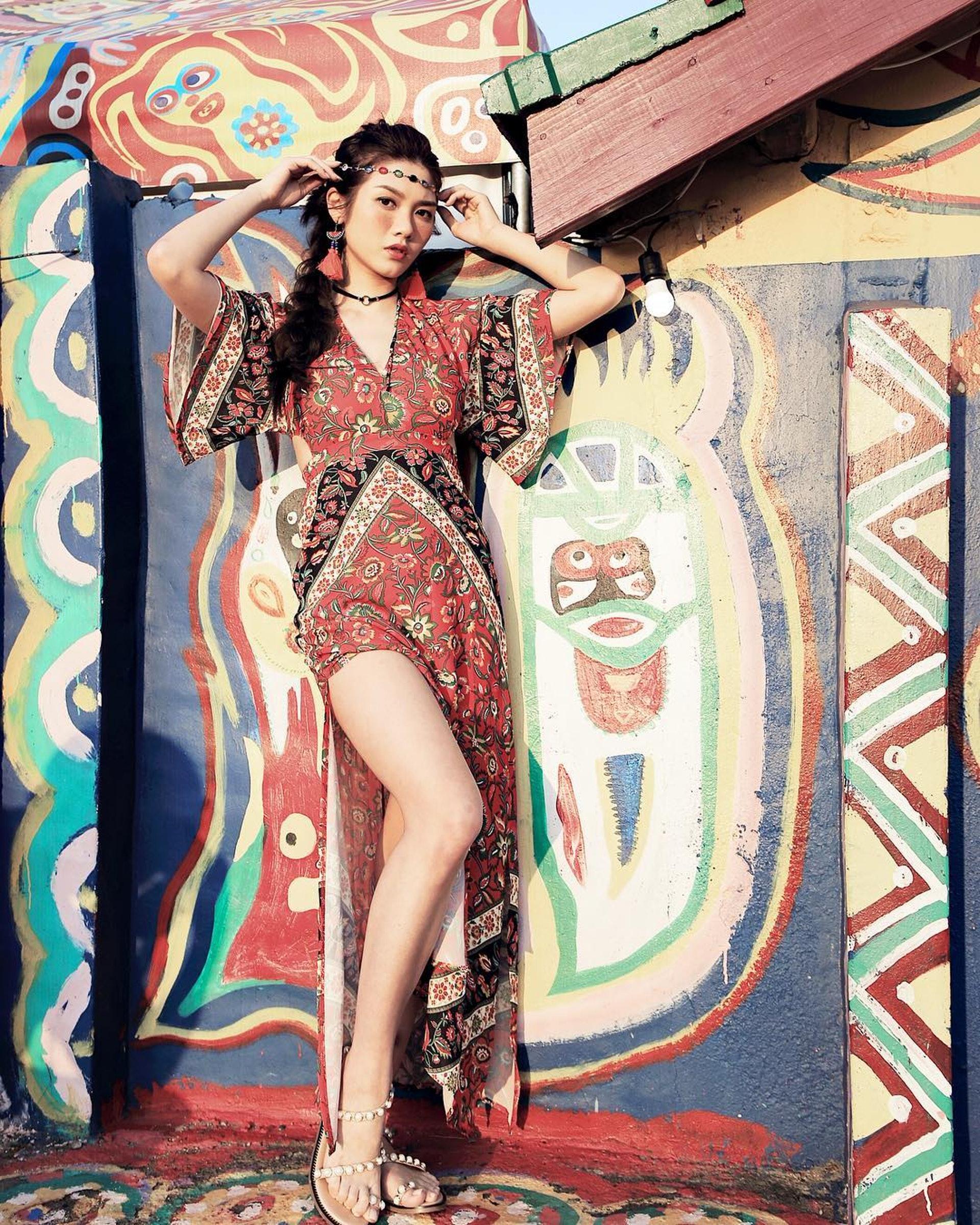 沙律對長腿都好吸引。(IG@charlottecheung107圖片)
