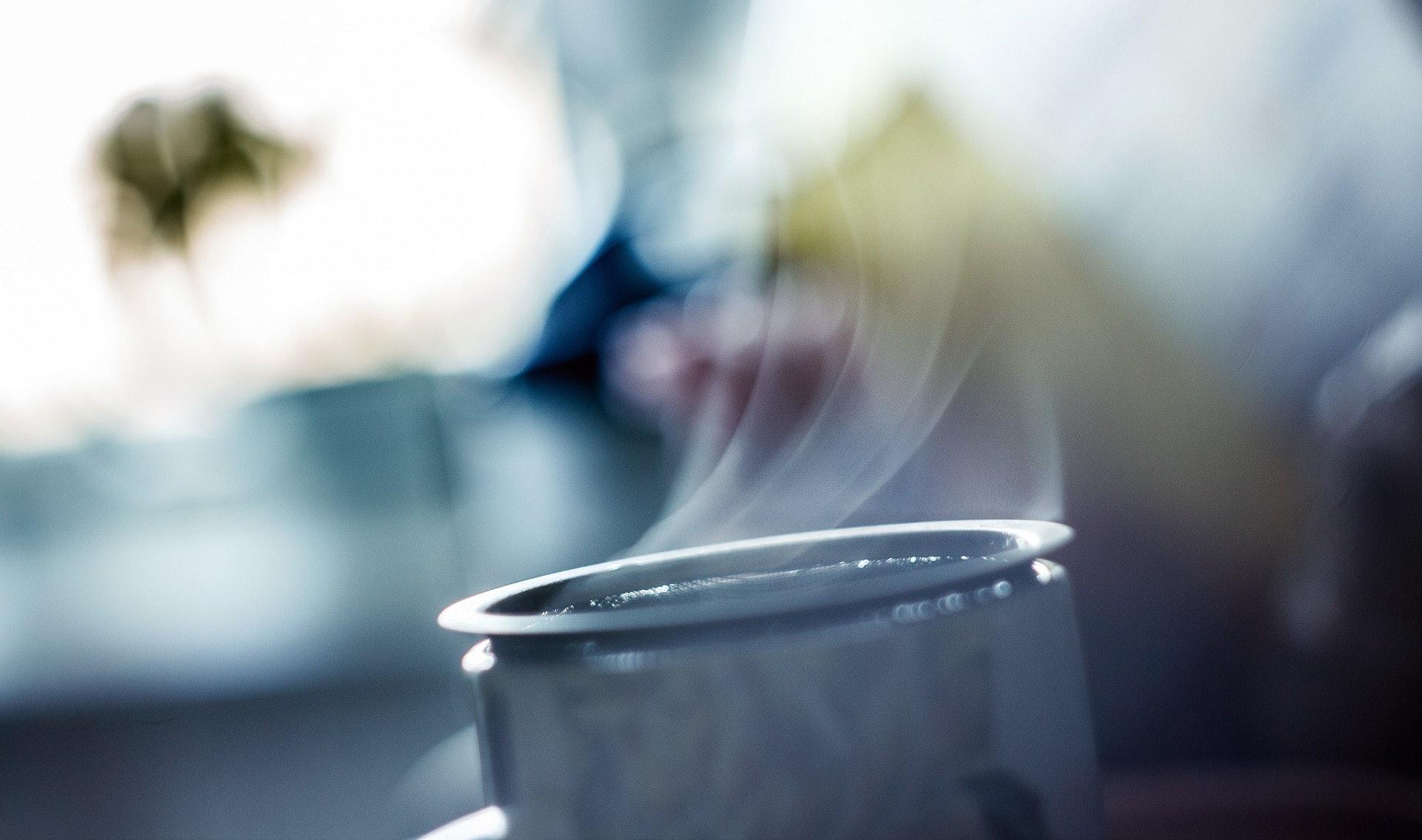 3.【吸入溫暖的蒸氣可增加黏液的流暢】﹙zugr/unsplash﹚