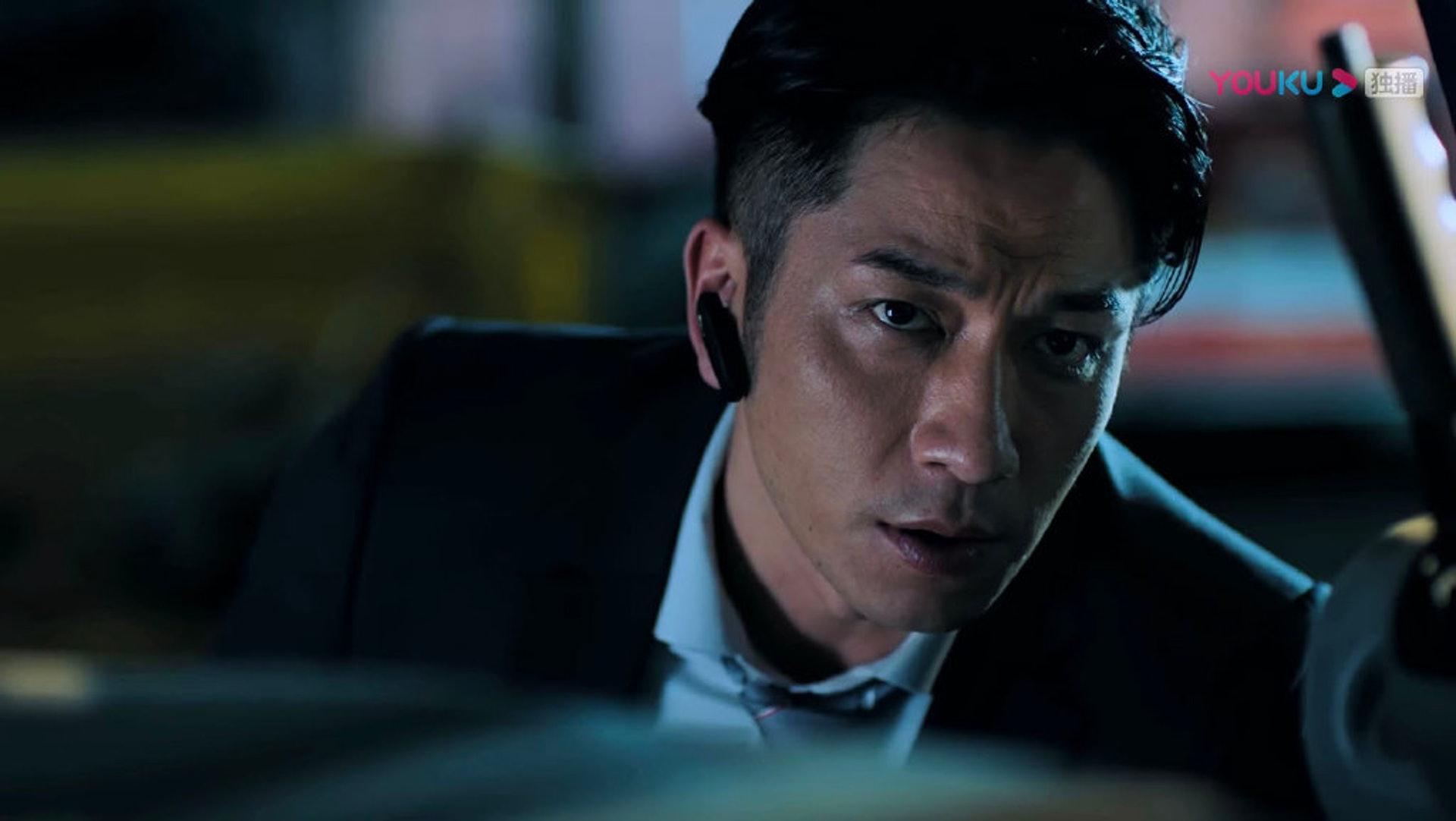 三人在劇中同坐一枱打邊爐的鏡頭讓不少觀眾憶起過去「TVB五小生」(還有林峯、陳鍵鋒)的活躍年代。(微博/@飛虎之雷霆極戰)