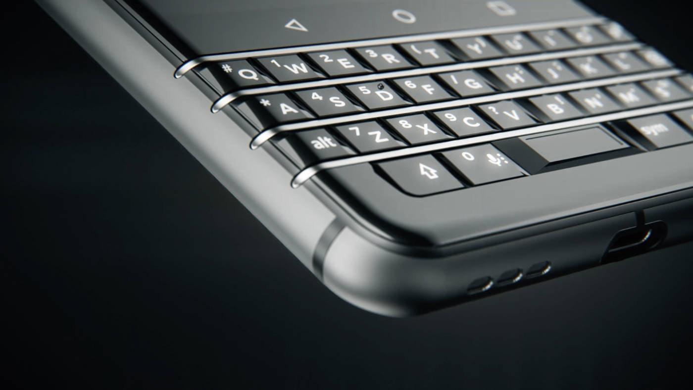 BlackBerry回歸 TCL將推出全鍵盤黑莓手機