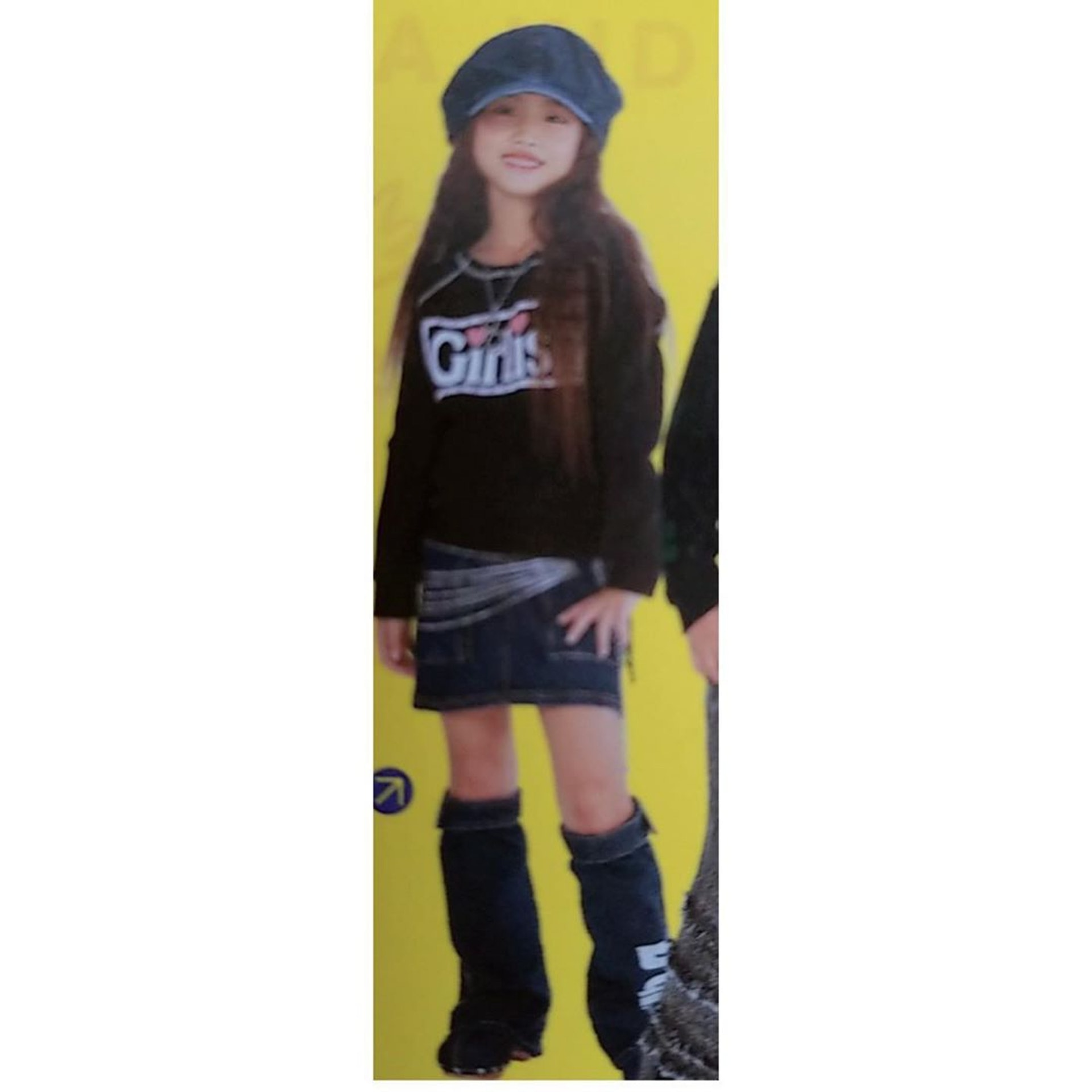 Momo更上傳了可愛的童年照。(IG/@twicetagram)