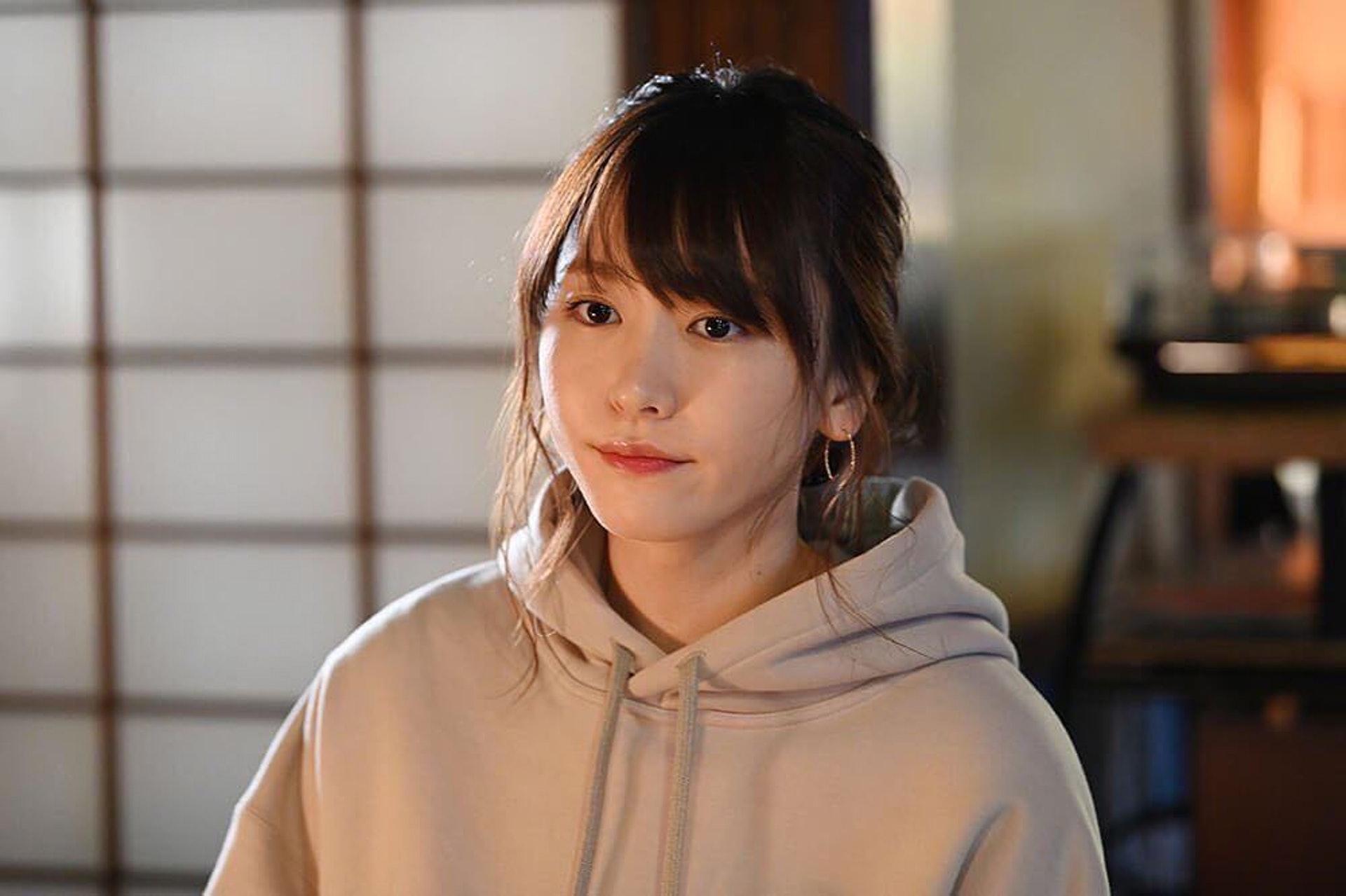 31歲 國民老婆 新垣結衣再次崩壞網友慘叫 老咗10年 香港01 即時娛樂