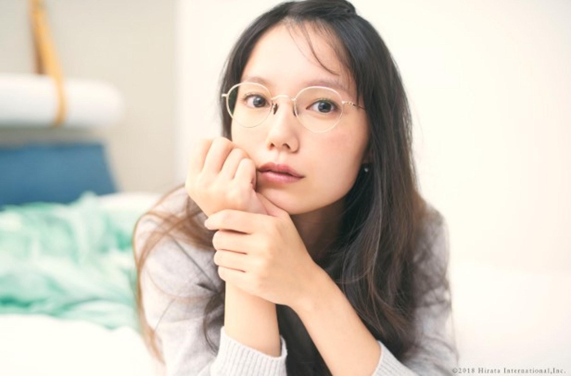 宮崎葵是日本知名的演員,年紀輕輕的她便已經入圍日本電影金像獎最佳女主角三次,不過今年只有34歲的她便已經結過兩次婚了。當時日本傳媒報道她與日本傑尼斯團體「V6」成員岡田准一秘戀6年消息引起了大眾的嘩然。 (aoimiyazaki_jp)