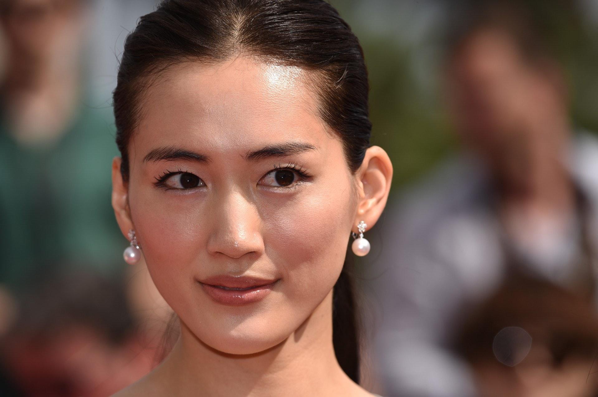 每次綾瀬遙推出電視劇或是電影都可以吸引一大班粉絲支持 (GETTY)