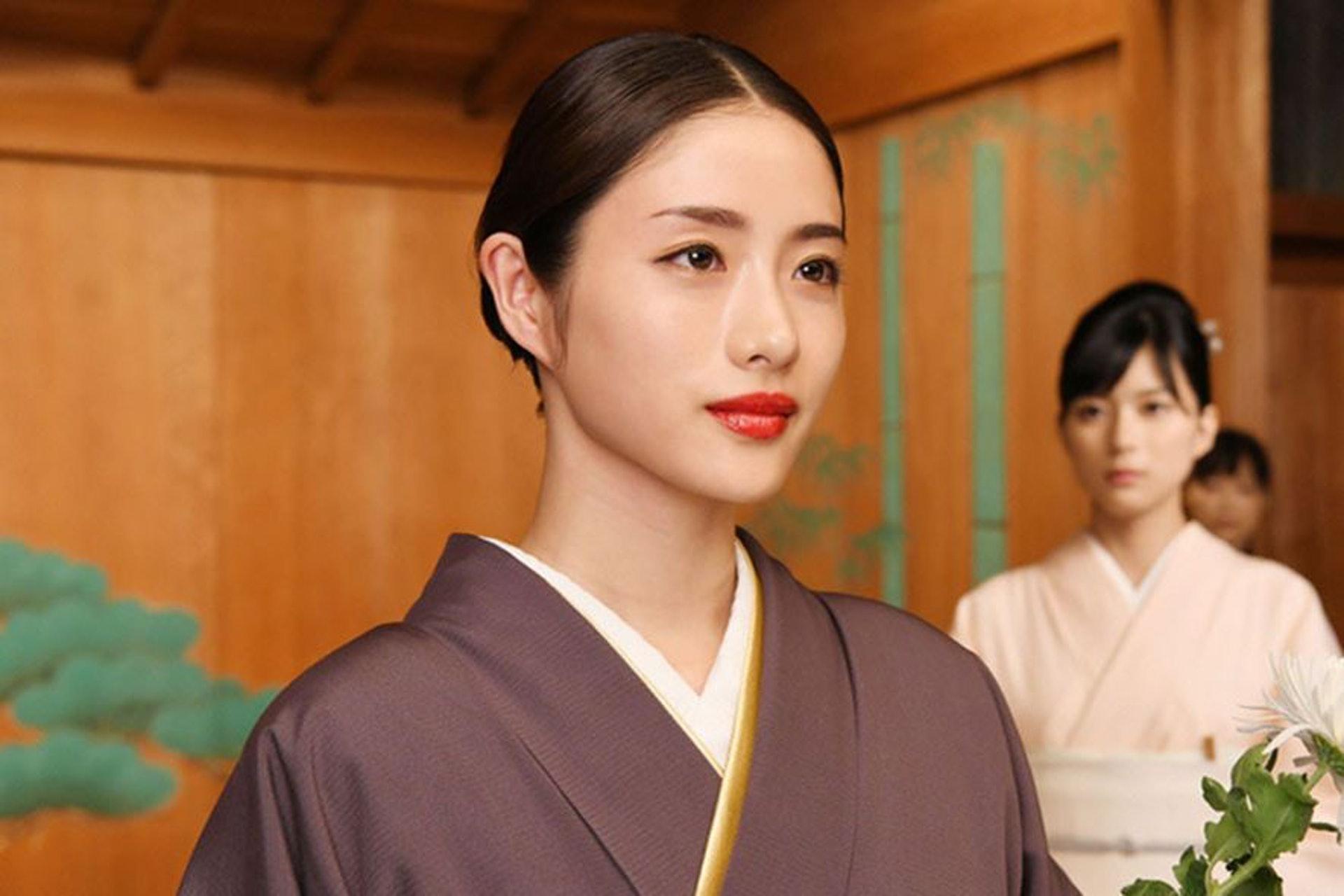 石原里美現時更是日本廣告界的寵兒。 (《高嶺之花》劇照)