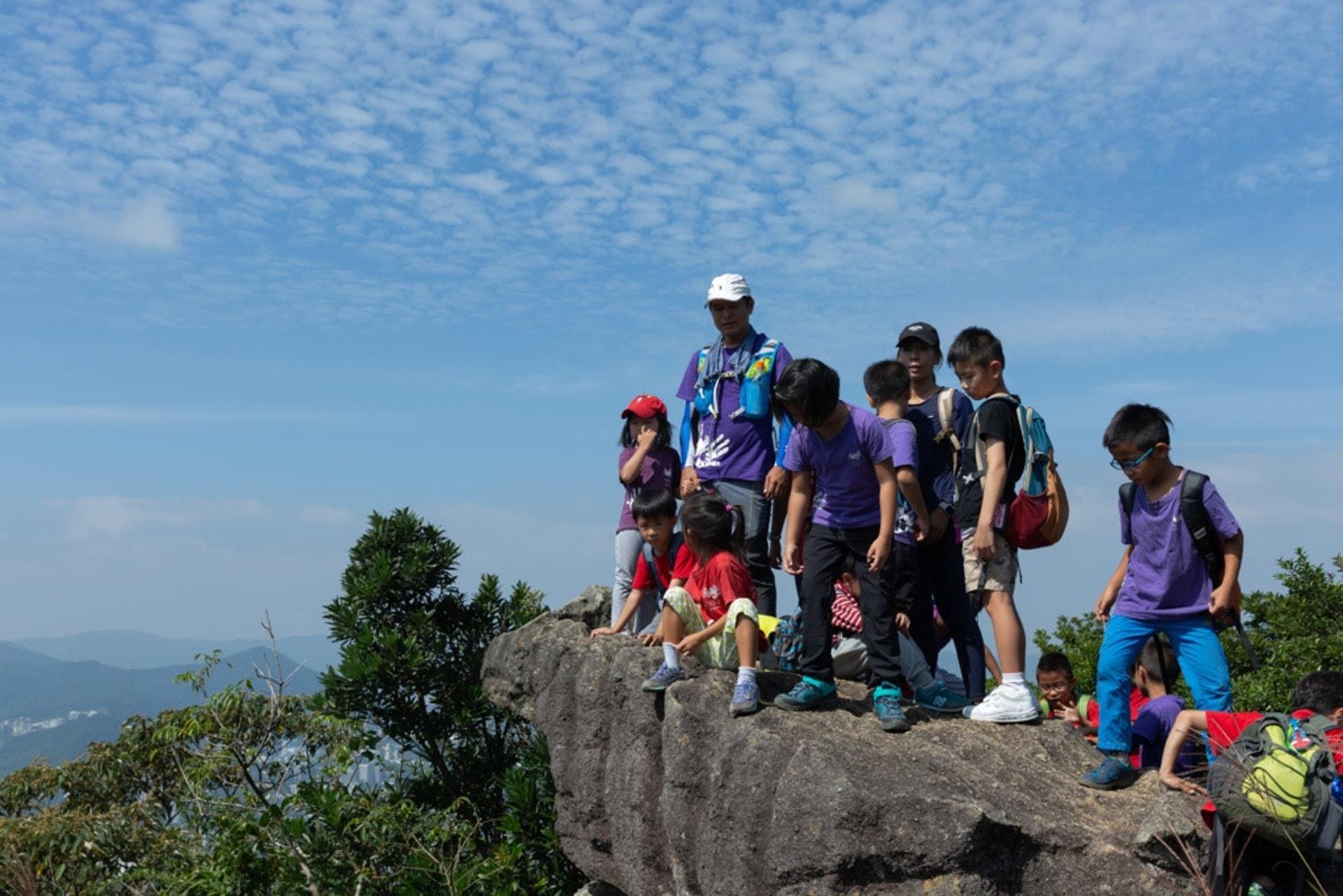 愛童行學園於2015年創辦,推廣體驗式學習,在戶外設幼稚園課堂,為6歲以下兒童提供戶外遊歷課程。(資料圖片)