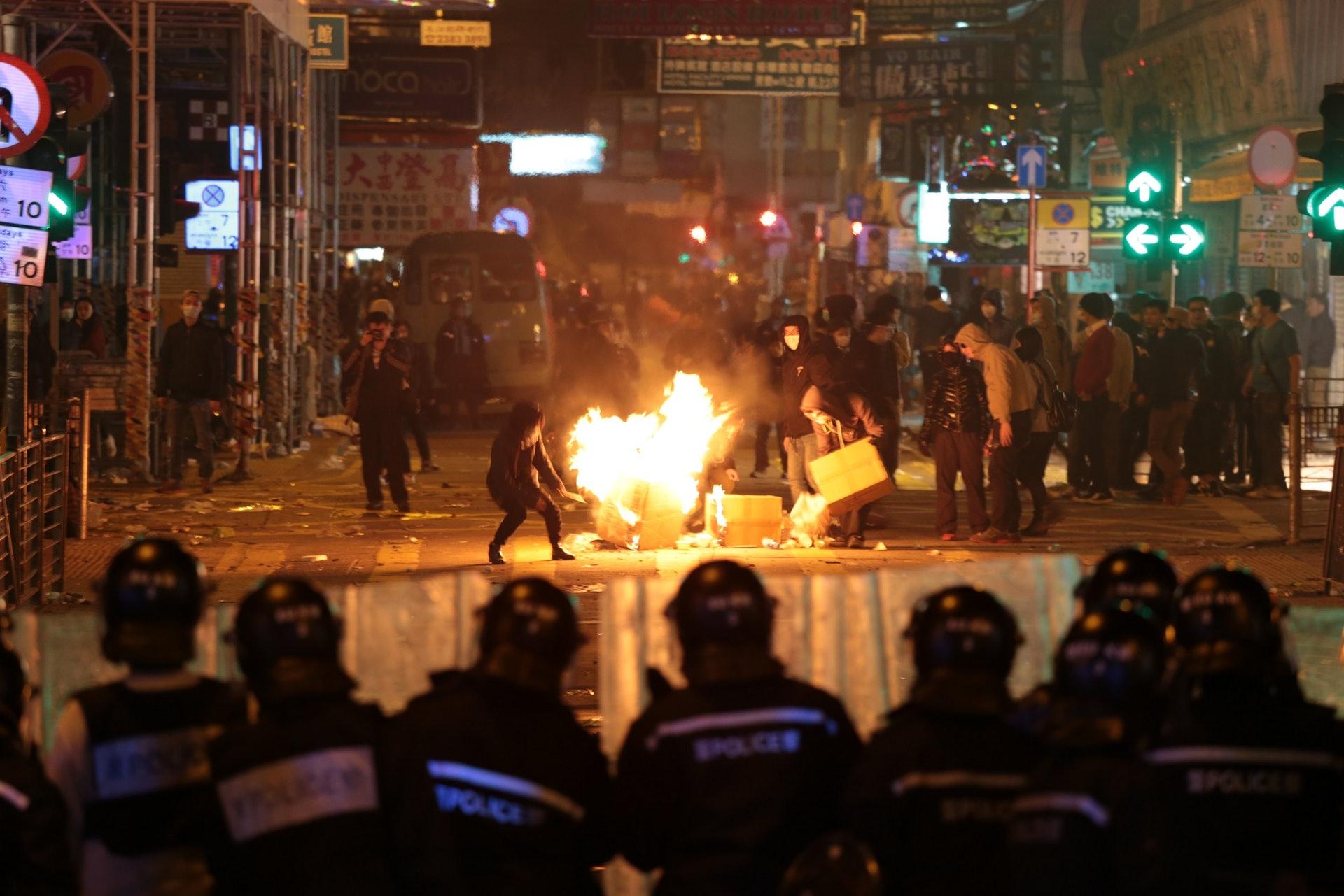 香港心理學協會指,警民衝突日益嚴重,成為警察壓力「爆煲」的催化劑。(資料圖片)