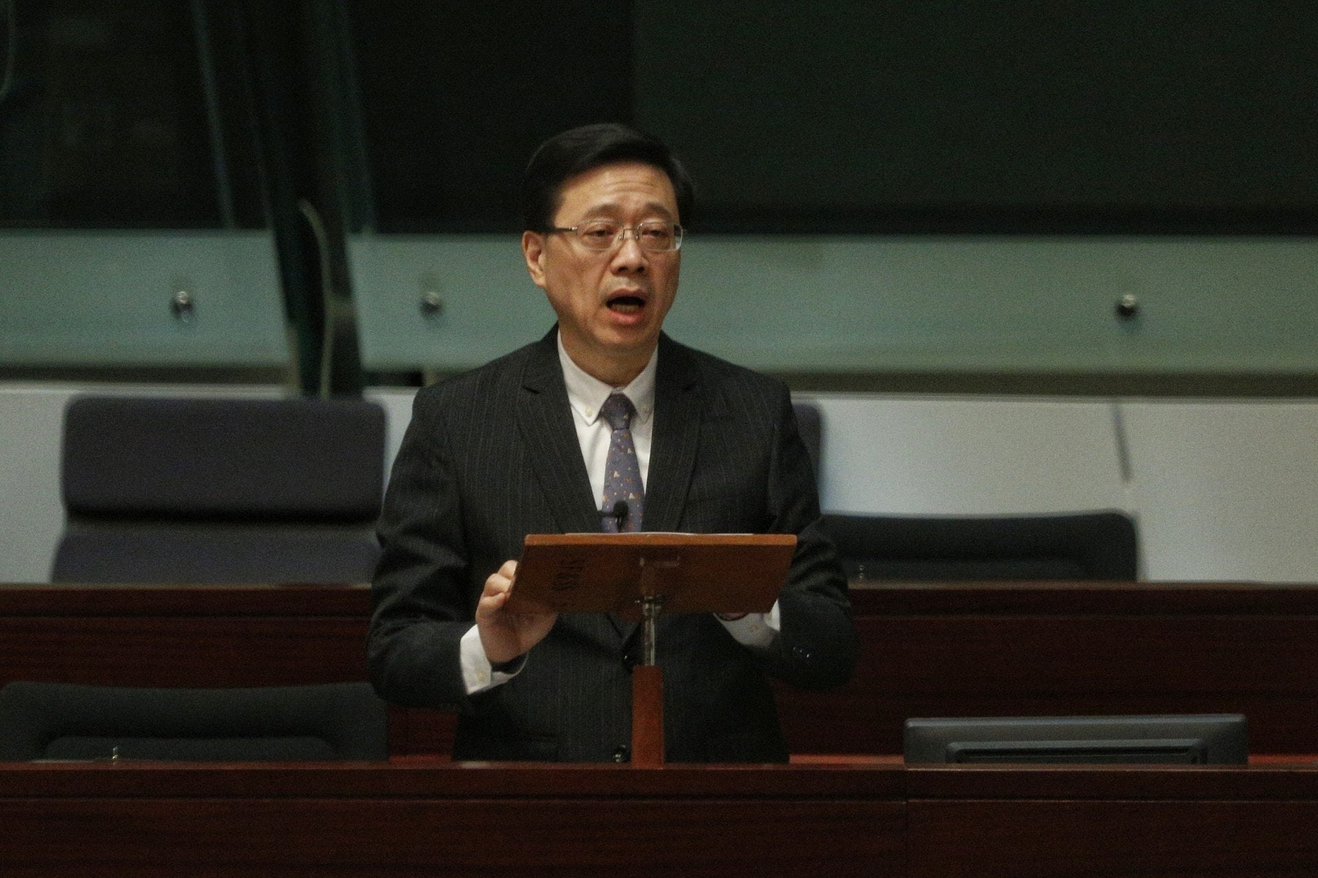 香港保安局局长李家超在立法会复会后,已宣布撤回修订《逃犯条例》。(资料图片)