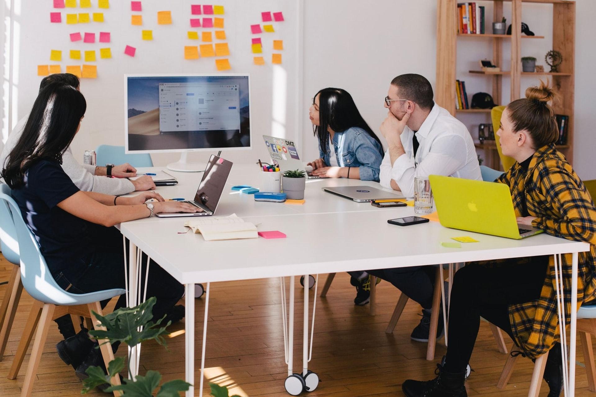 高效能的優秀經理人應該把員工布署於他們已經嫻熟的領域。(unsplash/youxventures)
